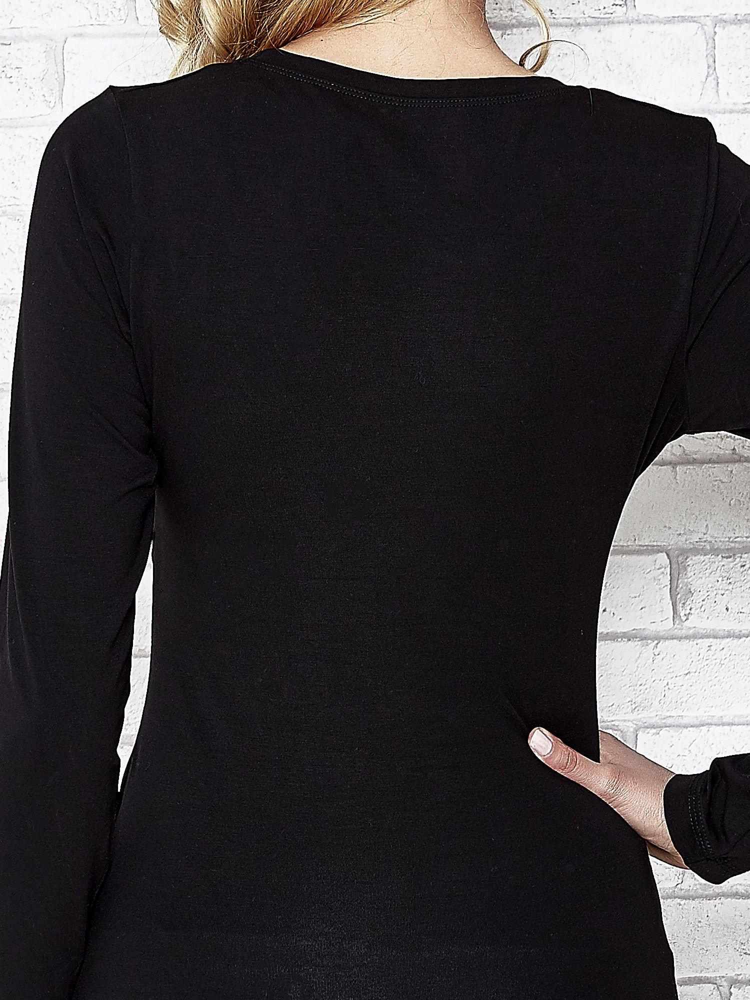 Czarna bluzka sportowa z dekoltem U                                  zdj.                                  7