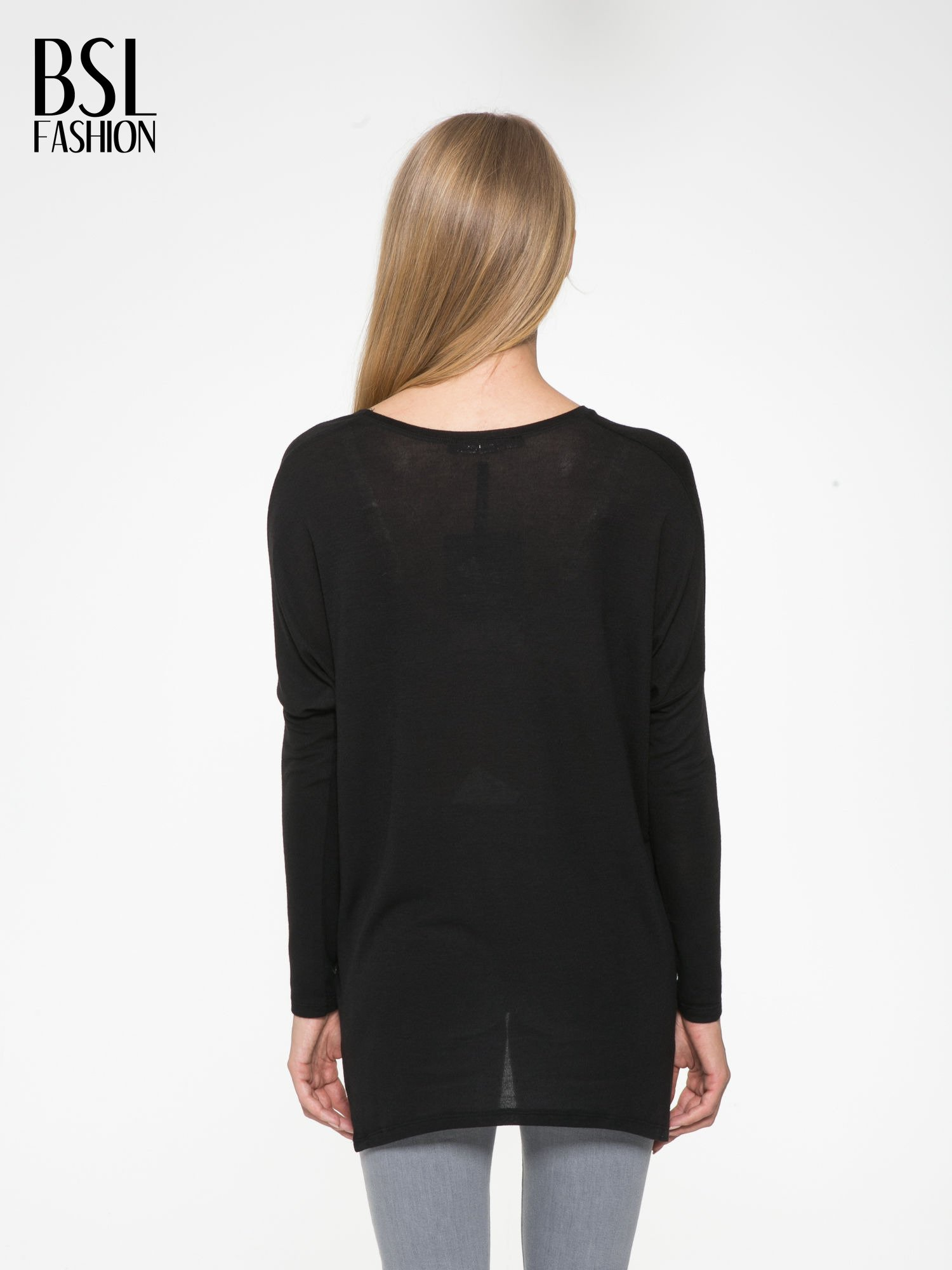 Czarna bluzka z asymetrycznym cięciem na dole                                  zdj.                                  4