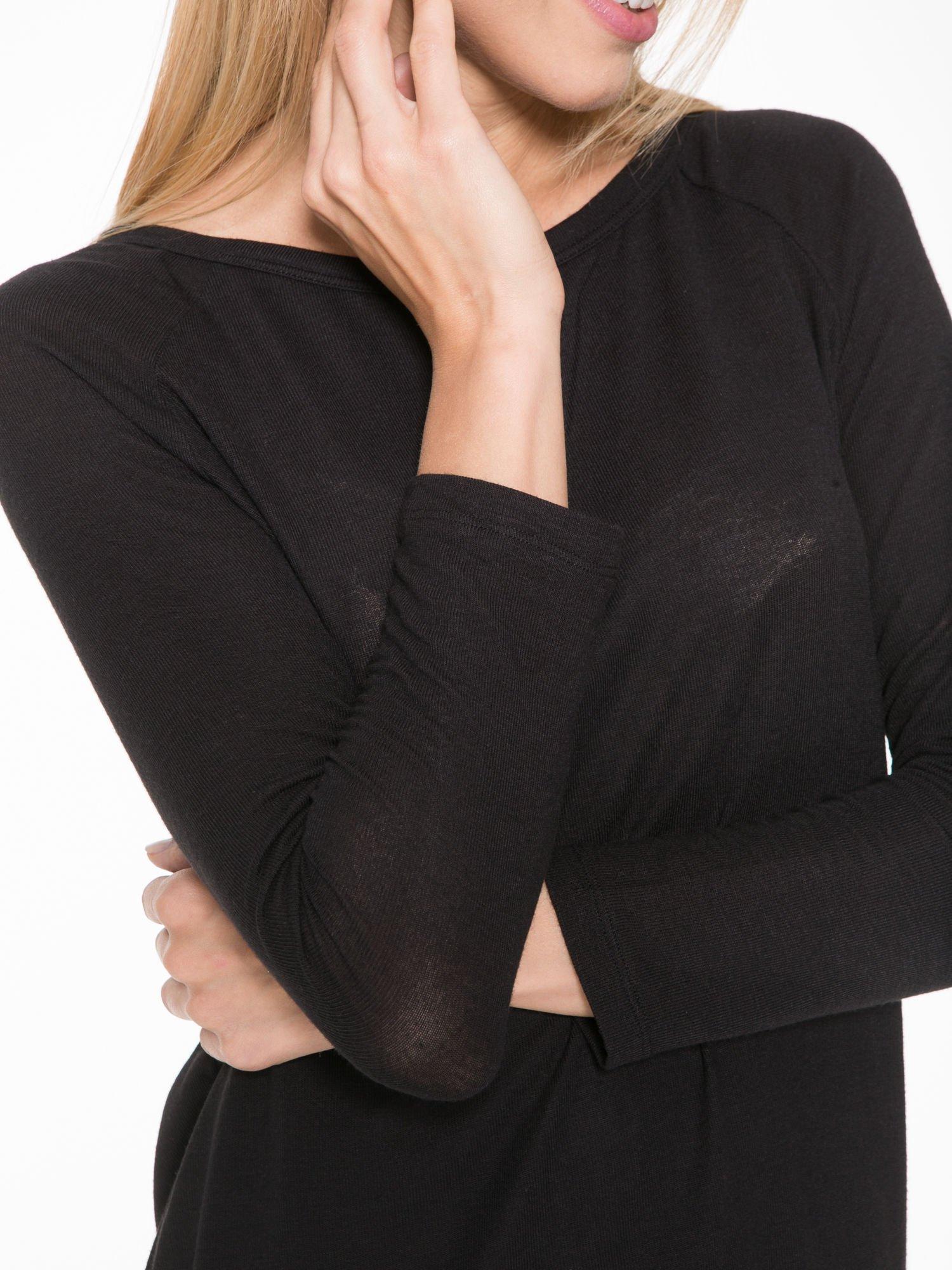 Czarna bluzka z dekoltem na plecach                                  zdj.                                  8