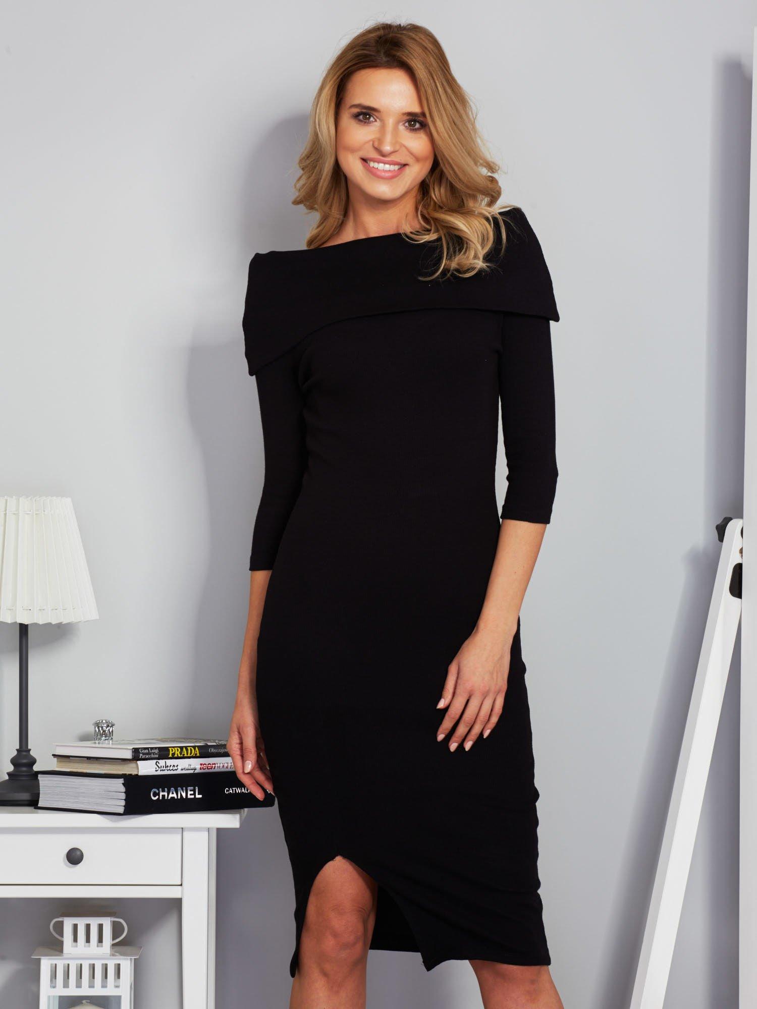 b4fe1ea6dc Czarna dopasowana sukienka z odkrytymi ramionami - Sukienka ...