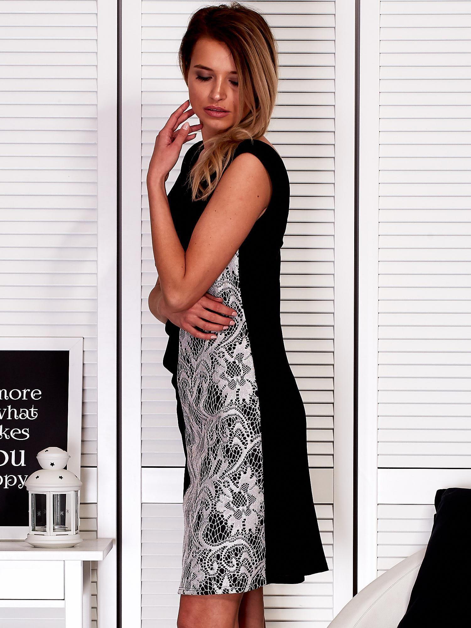 10eb0d06d5 Czarna drapowana sukienka z koronkowym modułem PLUS SIZE - Sukienka ...