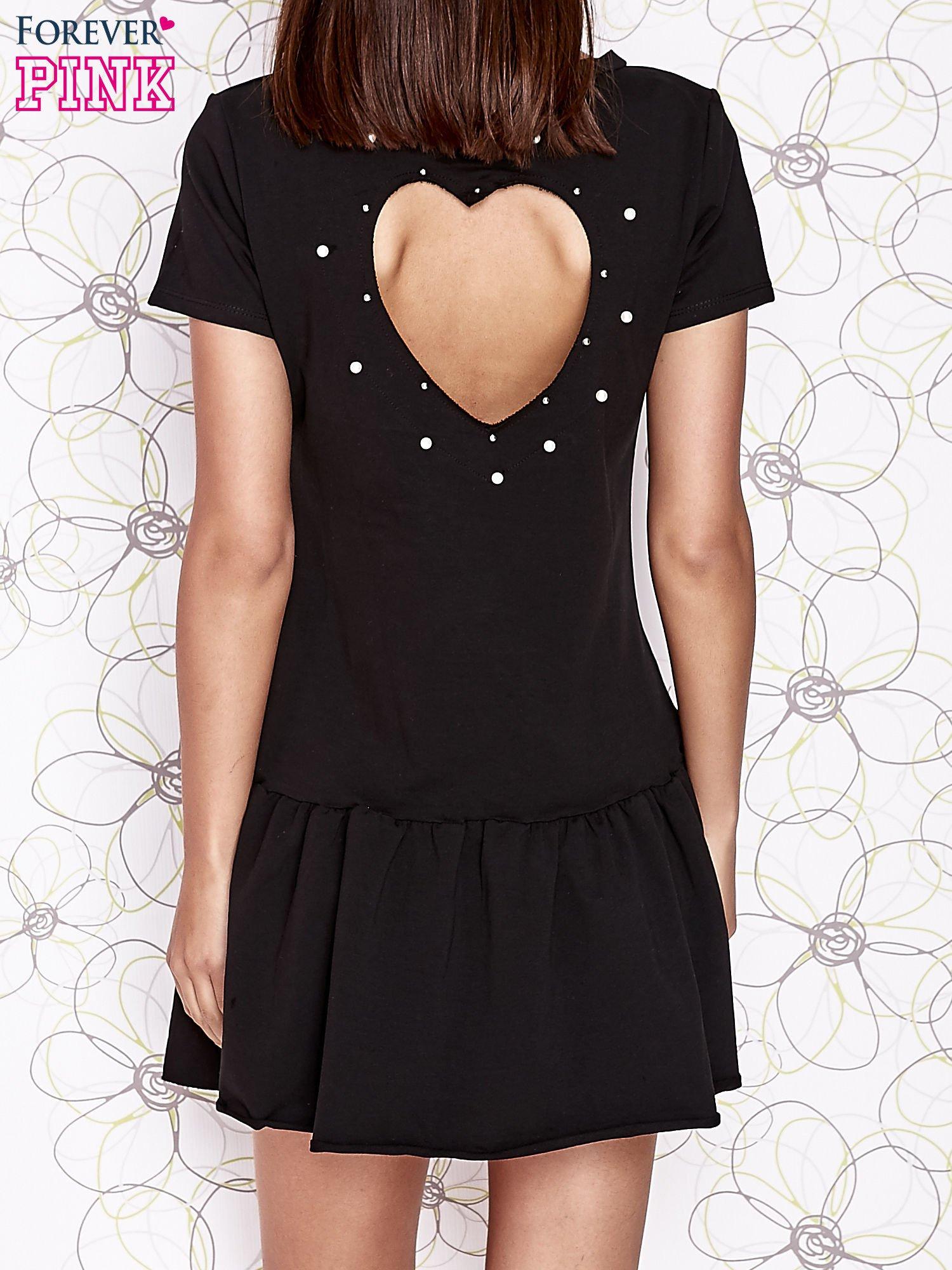 Czarna dresowa sukienka z wycięciem na plecach                                   zdj.                                  4