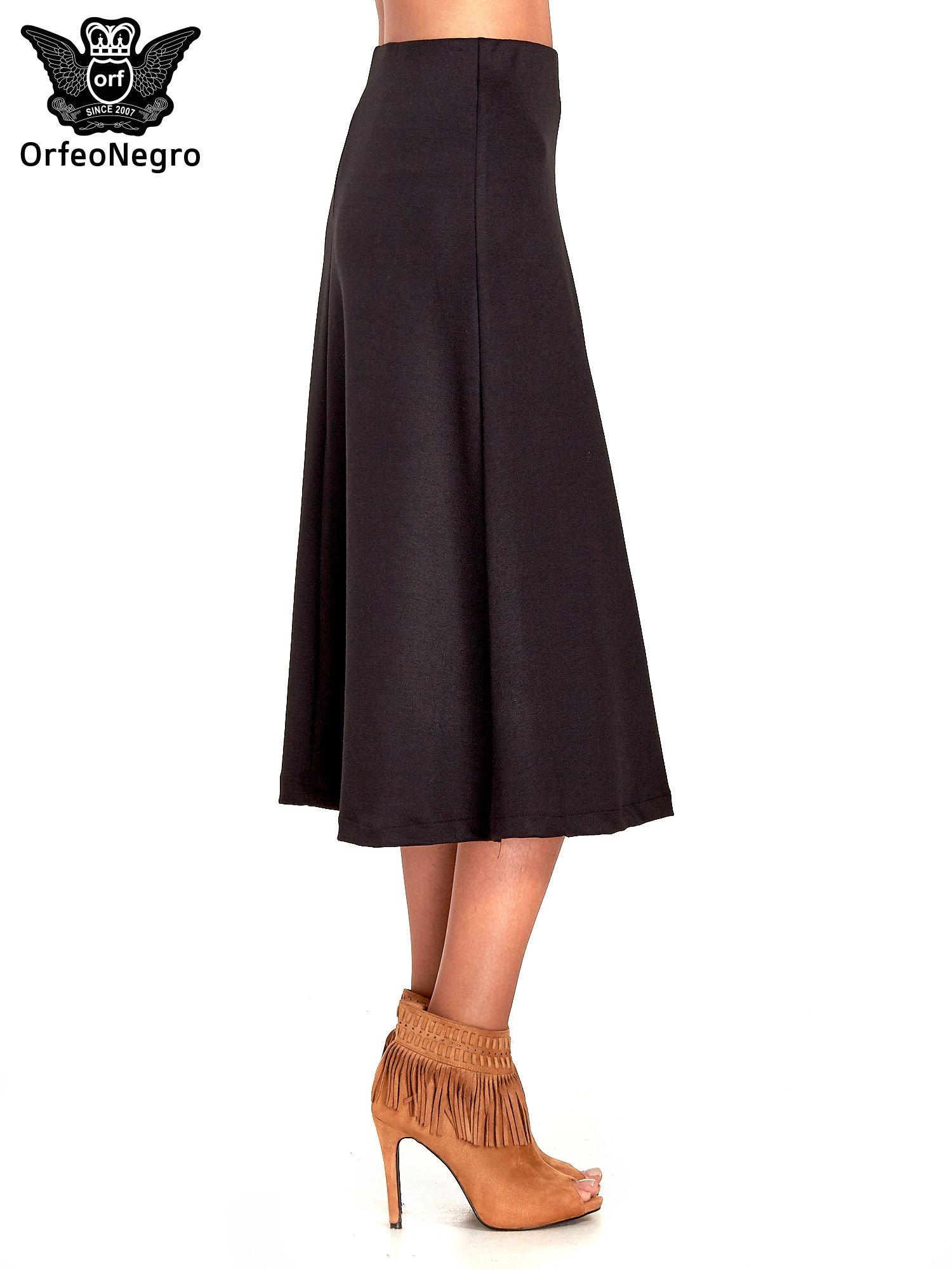 Czarna elegancka spódnica midi o rozkloszowanym kroju                                  zdj.                                  3