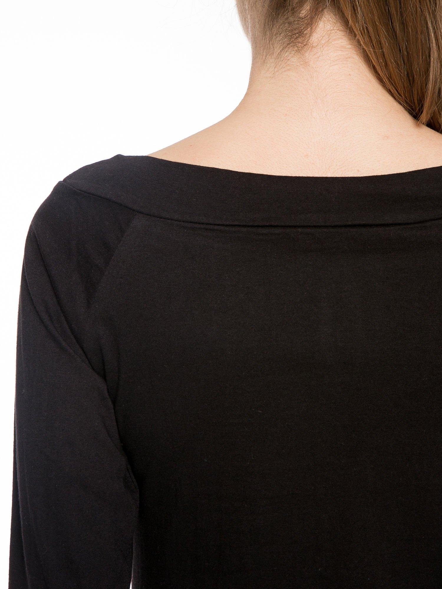 Czarna gładka bluzka z reglanowymi rękawami                                  zdj.                                  7