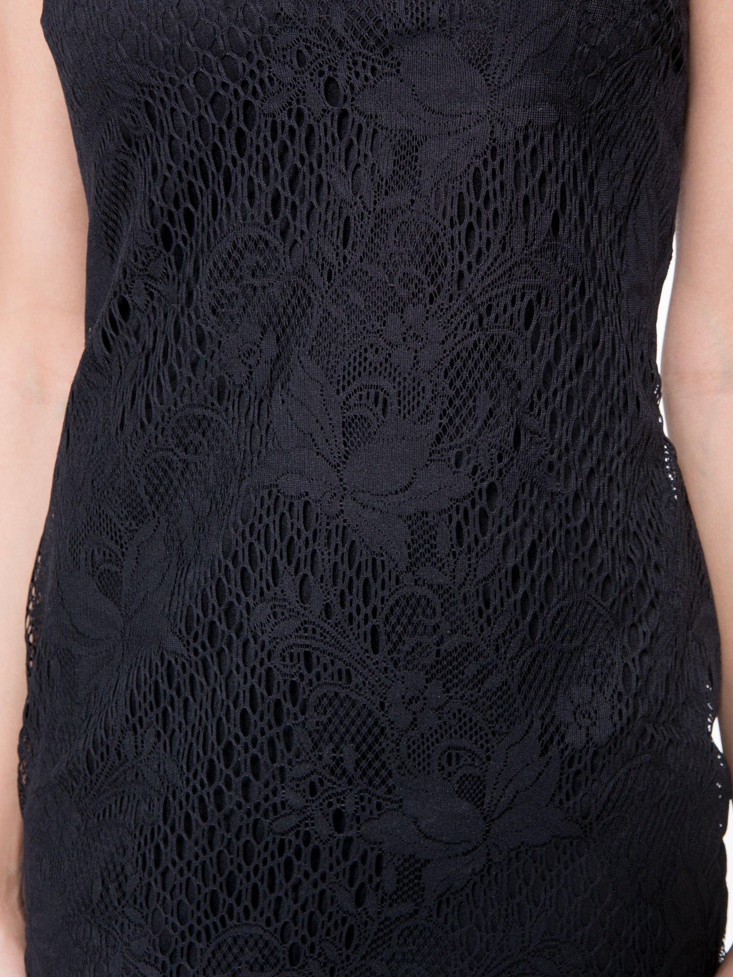 Czarna koronkowa sukienka z wycięciem na plecach                                  zdj.                                  8