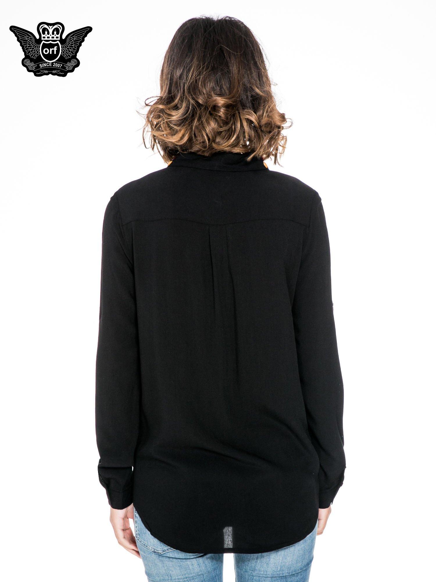 Czarna koszula z kołnierzykiem zdobionym kamieniami                                  zdj.                                  4