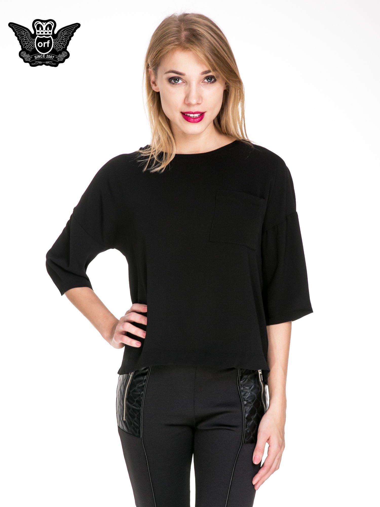 Czarna koszula z obniżoną linią ramion i kieszonką                                  zdj.                                  1