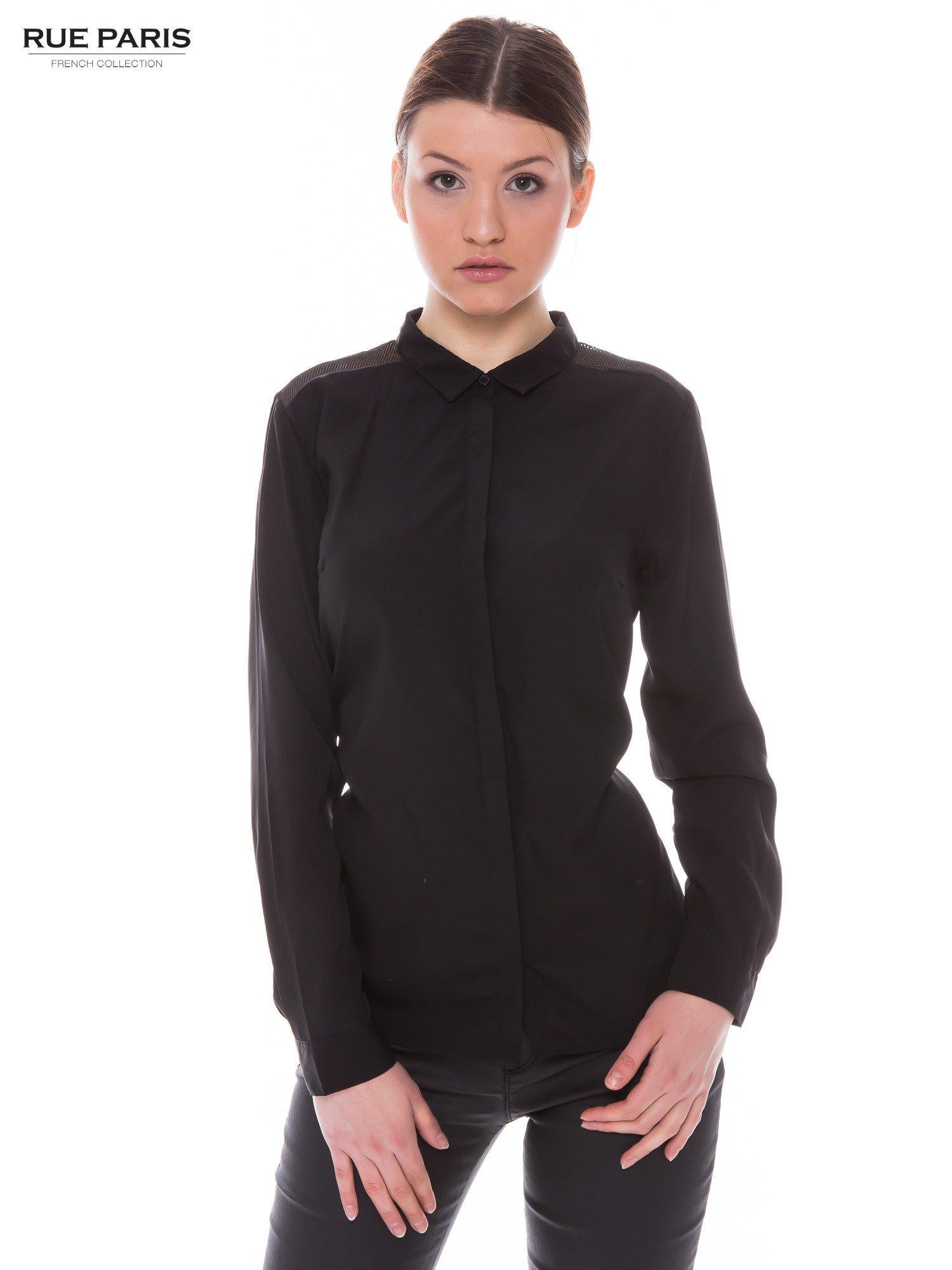 Czarna koszula z siateczkowym tyłem                                  zdj.                                  1