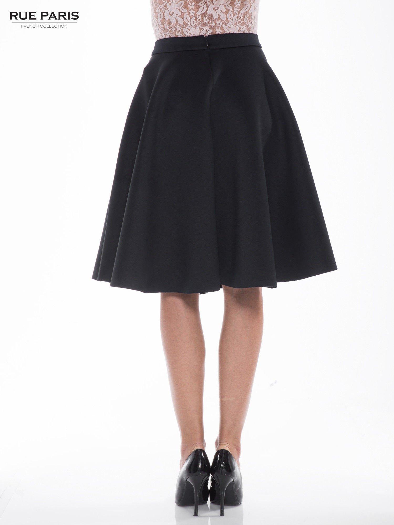 Czarna neoprenowa spódnica midi szyta z koła                                  zdj.                                  4