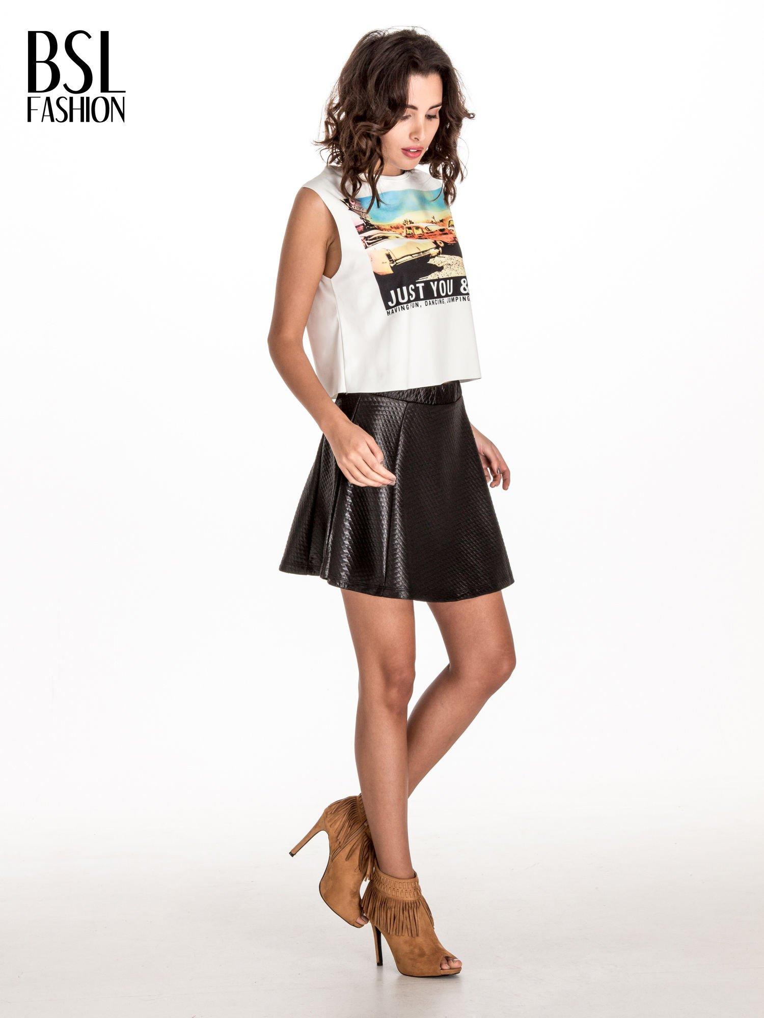 Czarna pikowana spódnica mini ze skóry                                  zdj.                                  2