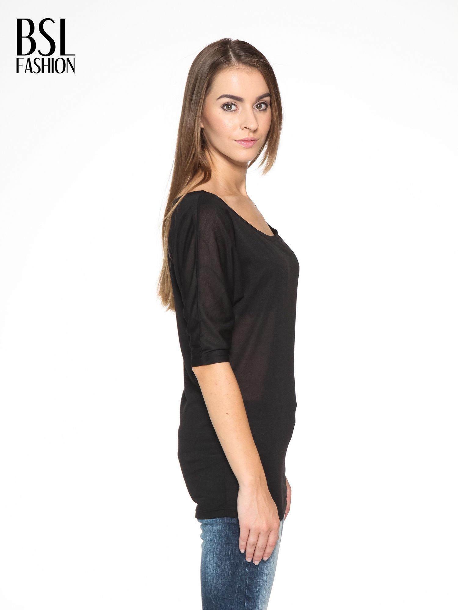 Czarna półtransparentna bluzka z łódkowym dekoltem i rękawami 3/4                                  zdj.                                  3