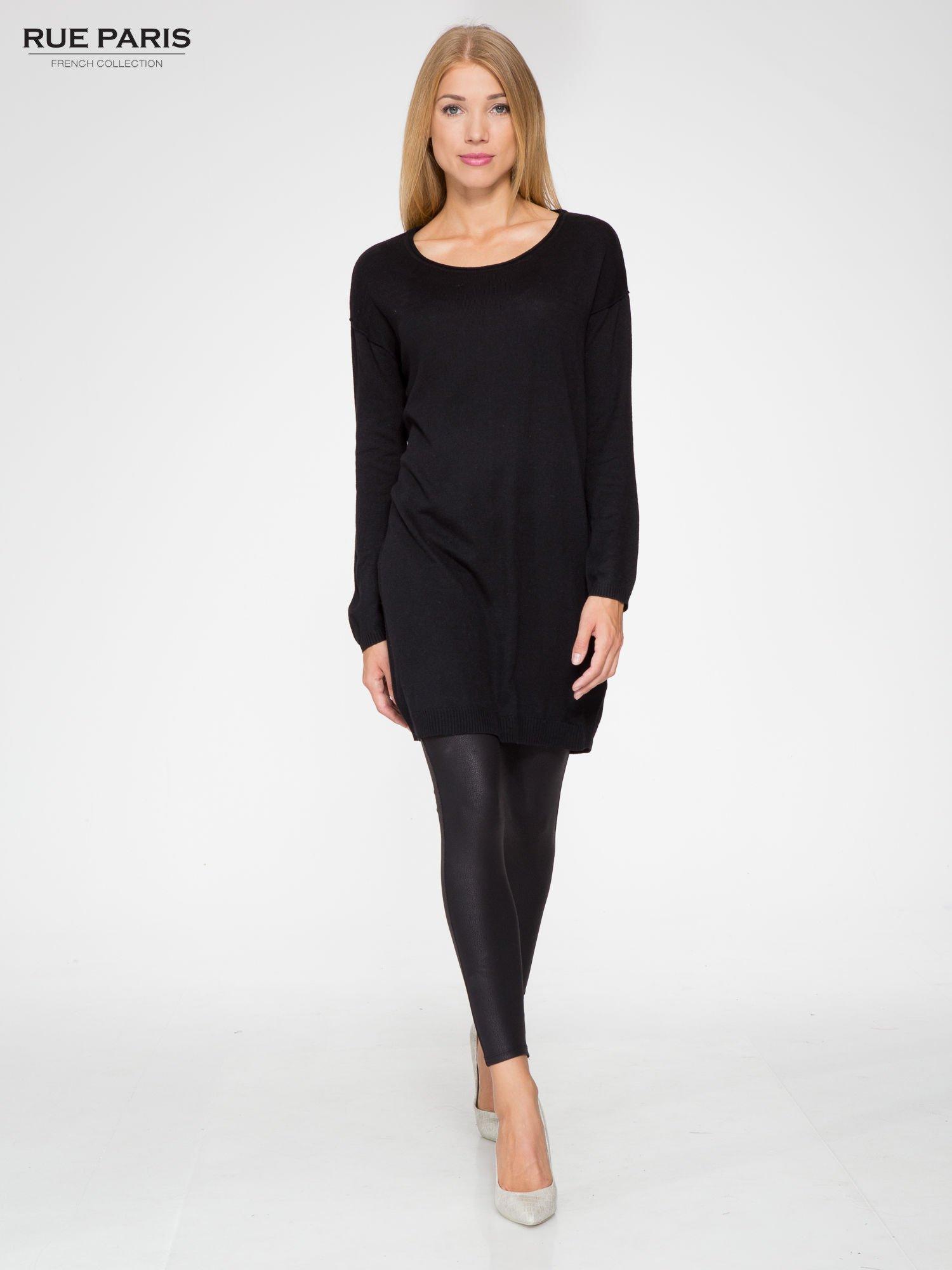 Czarna prosta dzianinowa sukienka                                  zdj.                                  2