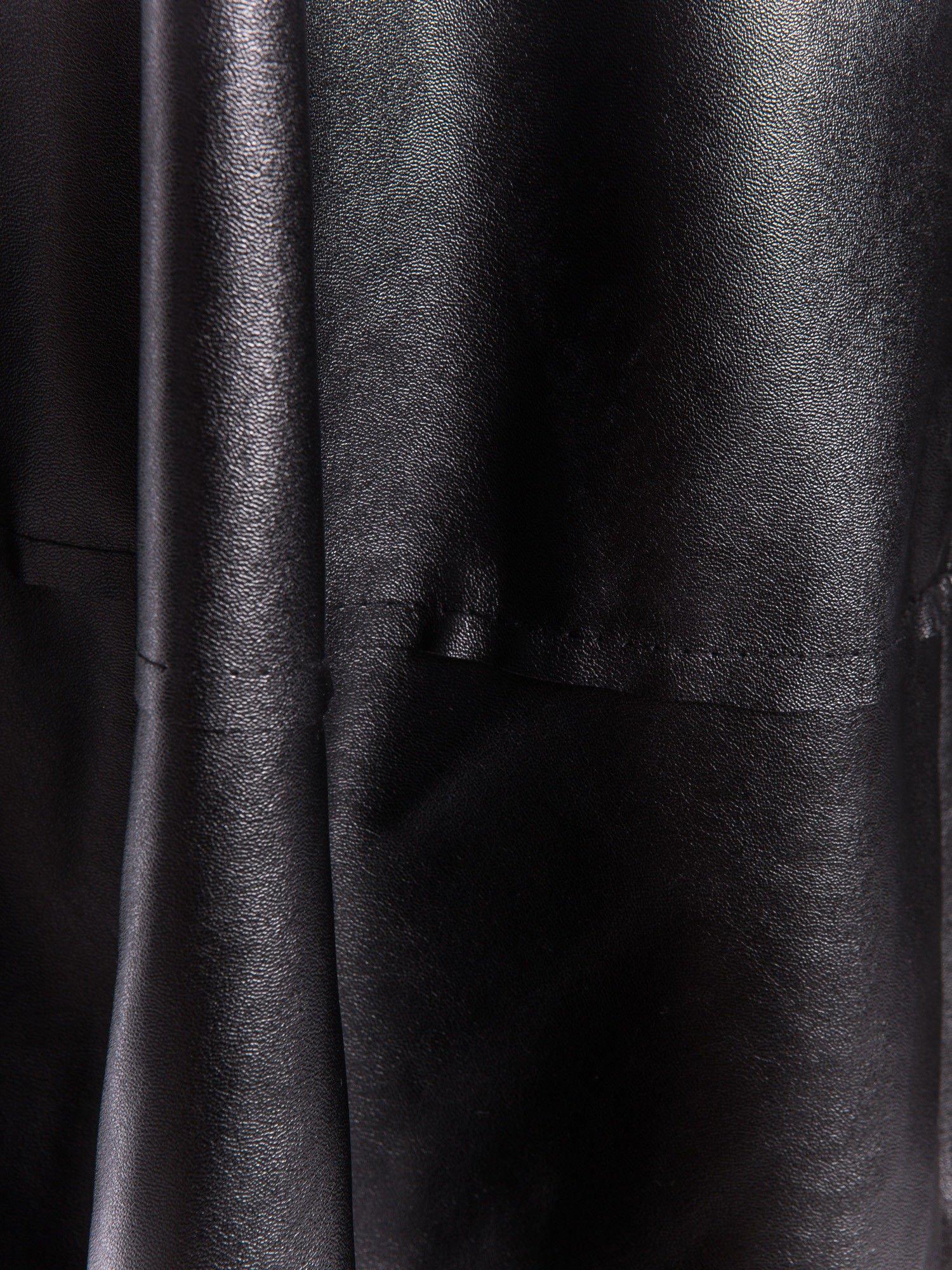 Czarna skórzana spódnica midi szyta z półkola                                  zdj.                                  5