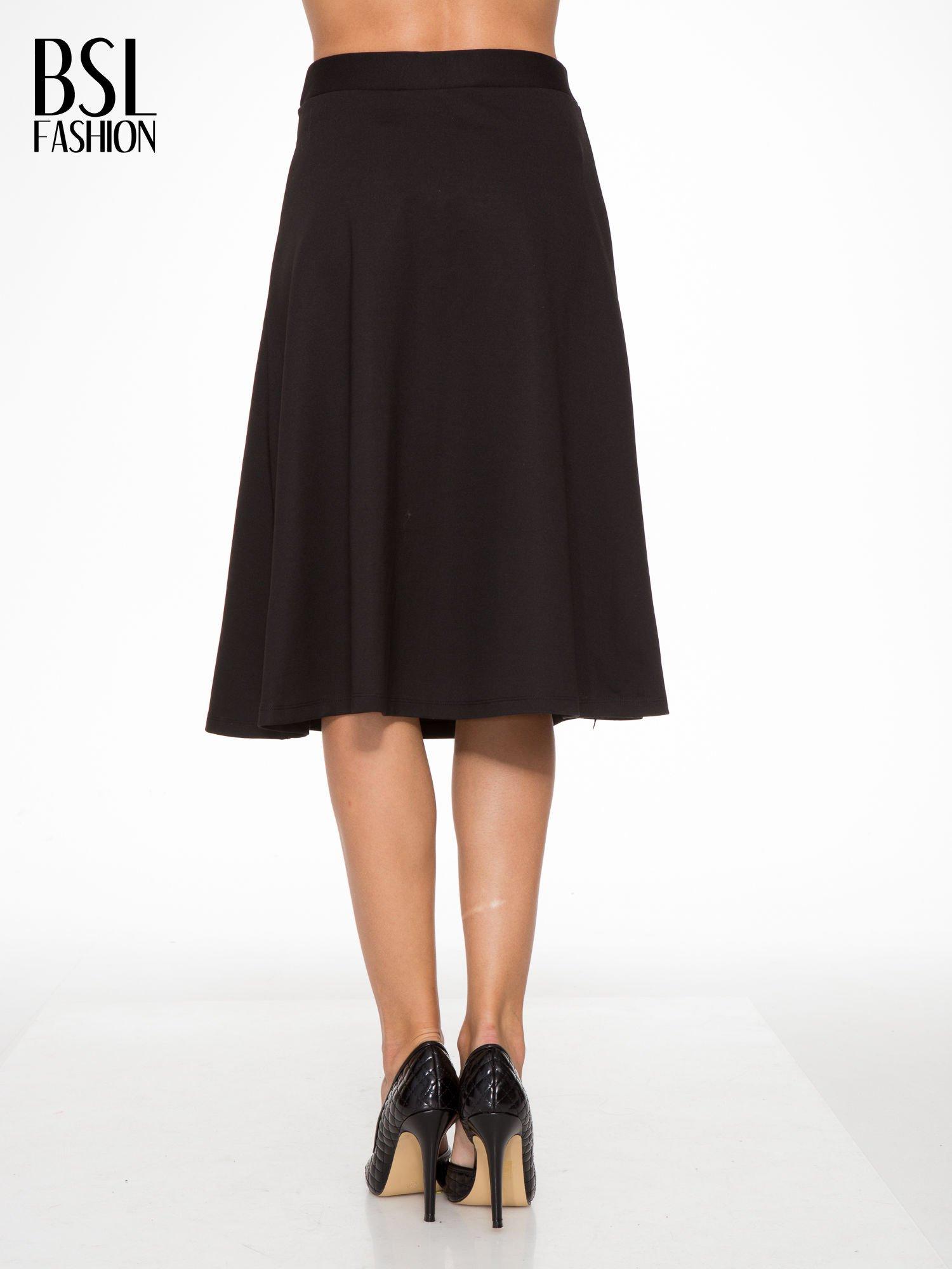 Czarna spódnica midi w kształcie litery A                                  zdj.                                  4