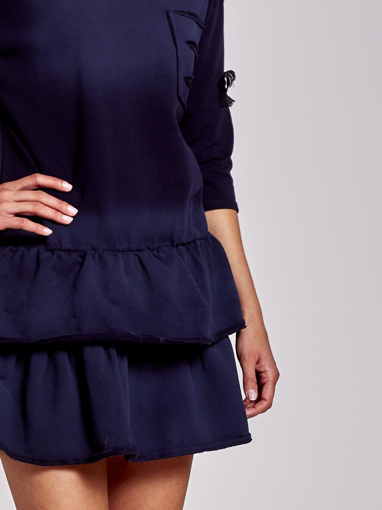 Czarna sukienka dresowa ombre z podwójną falbaną                                  zdj.                                  5