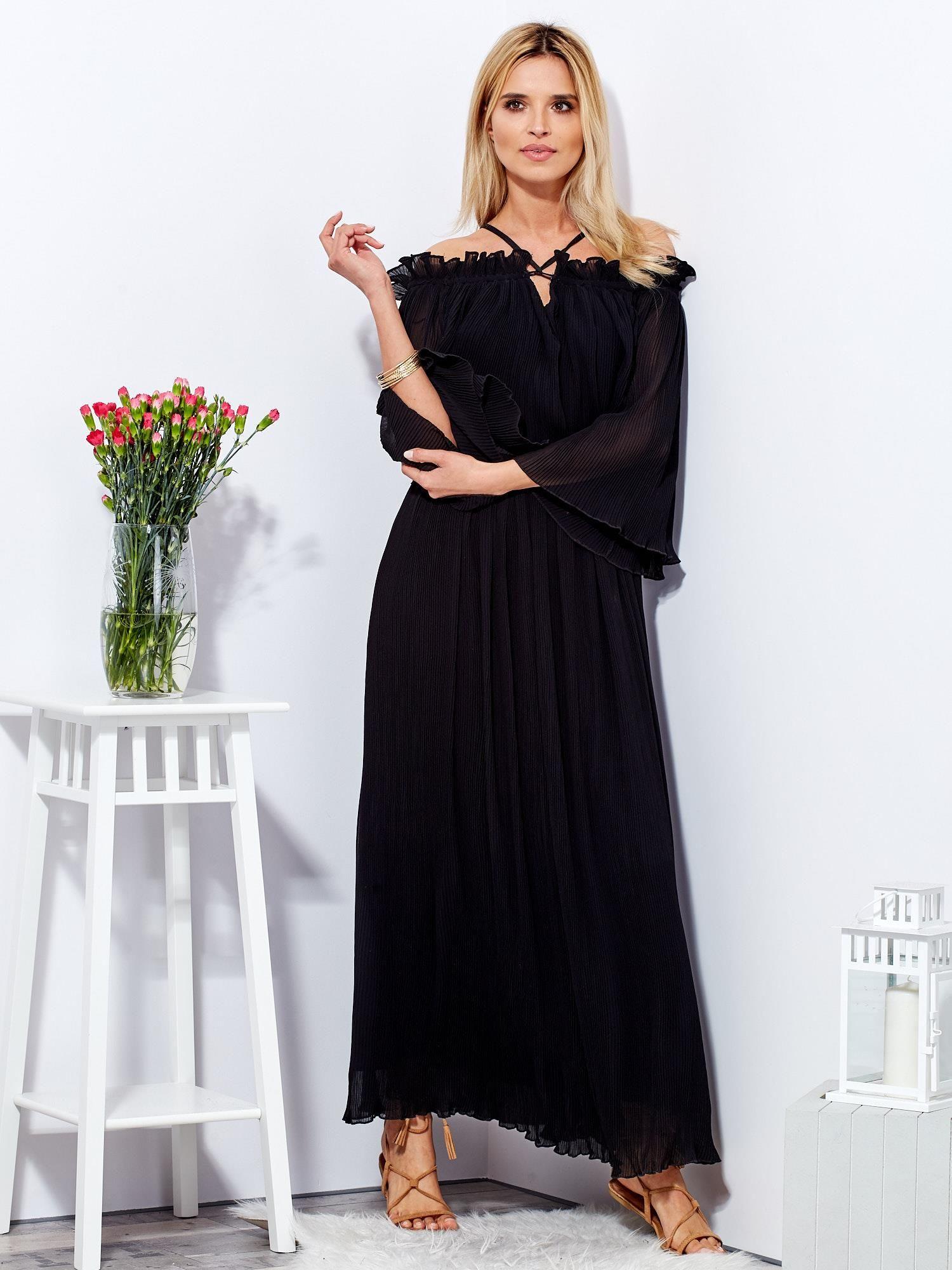 d55826435c Czarna sukienka maxi w drobne plisowania - Sukienka koktajlowa - sklep  eButik.pl