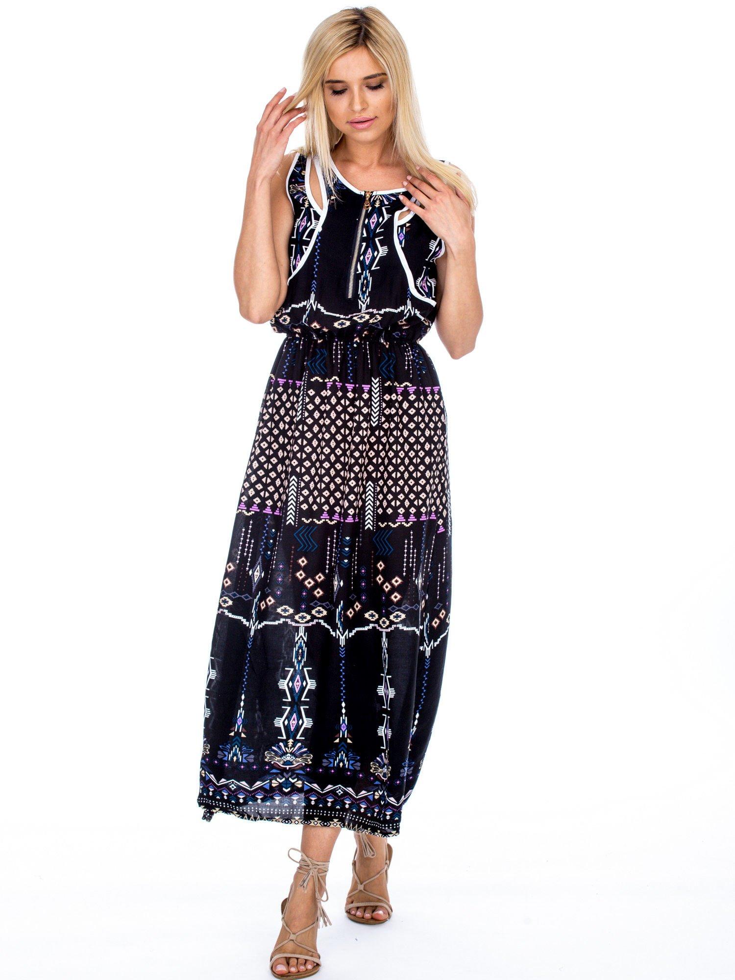 4fc2f448b0 Czarna sukienka w etniczne wzory z suwakiem - Sukienka z printem ...