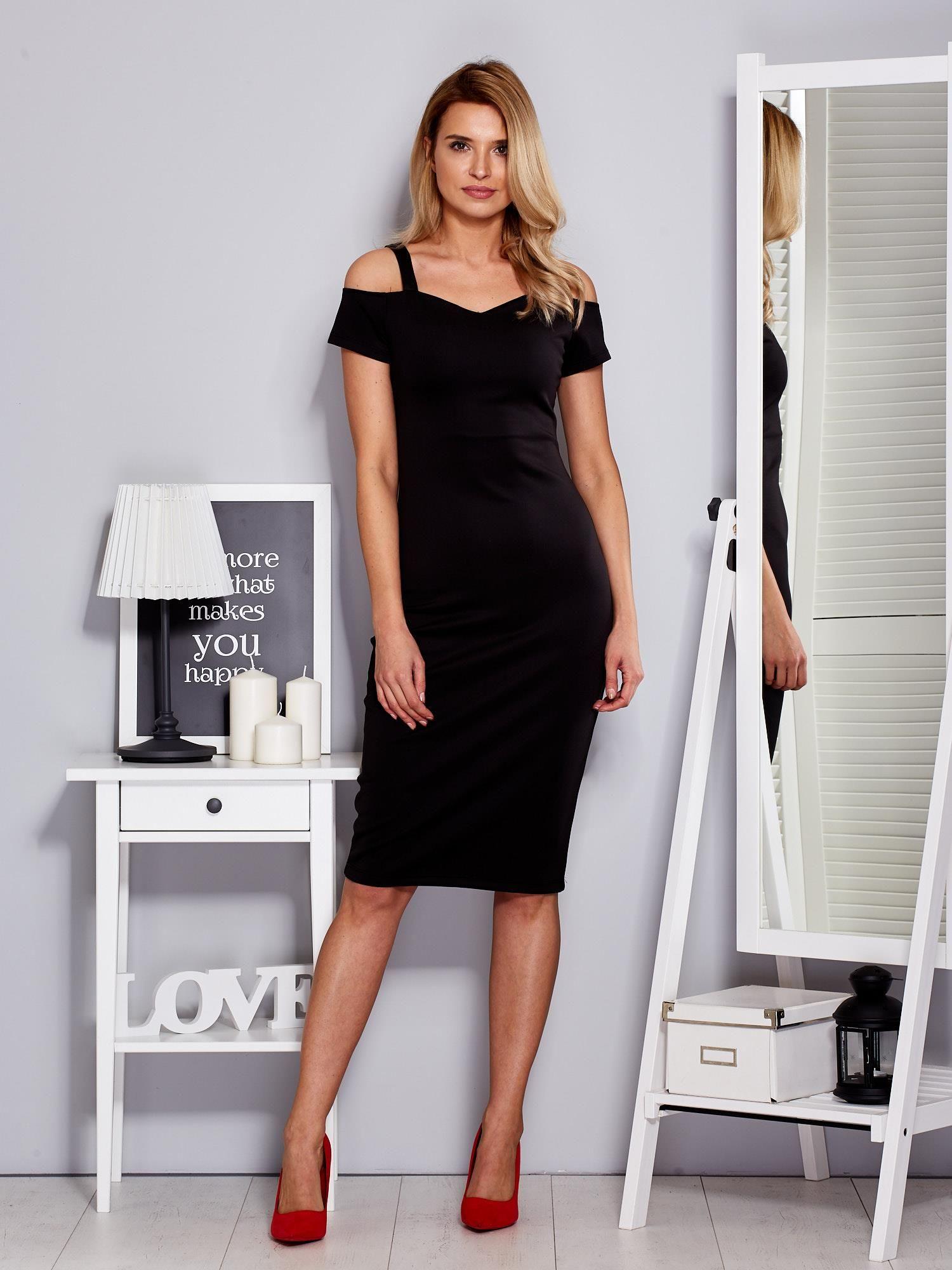 Czarna Sukienka Z Dekoltem Serce Sukienka Koktajlowa Sklep Ebutikpl