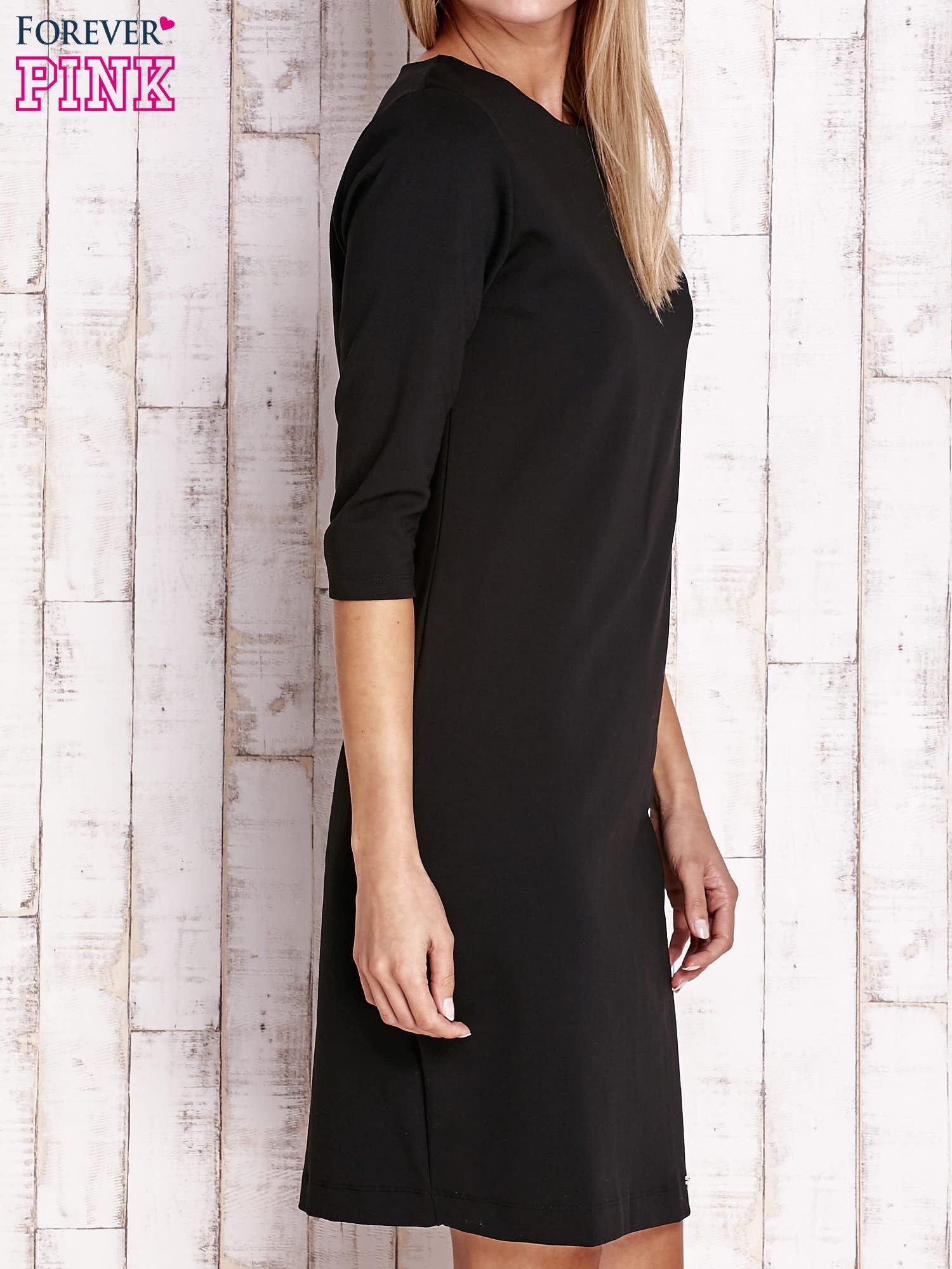 Czarna sukienka z dekoltem w łódkę                                  zdj.                                  3
