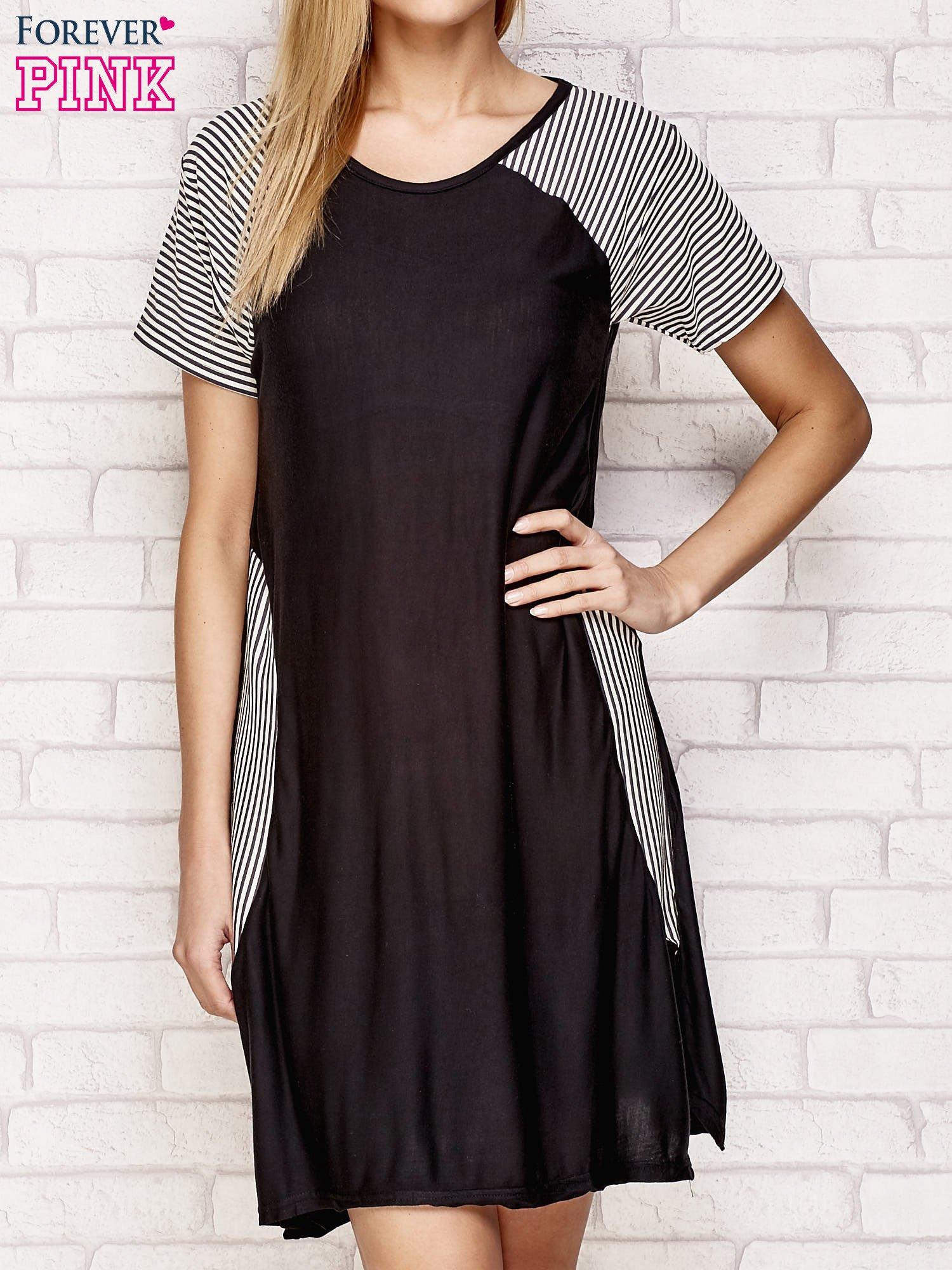 Czarna sukienka z wstawkami w paski                                  zdj.                                  1
