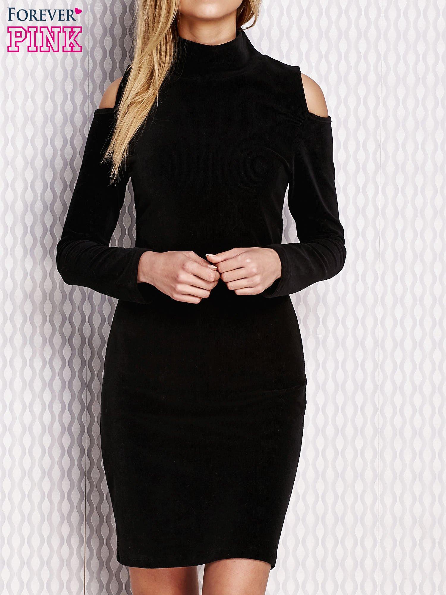 8827c8fa55 Czarna sukienka z wycięciami na ramionach - Sukienka na co dzień ...