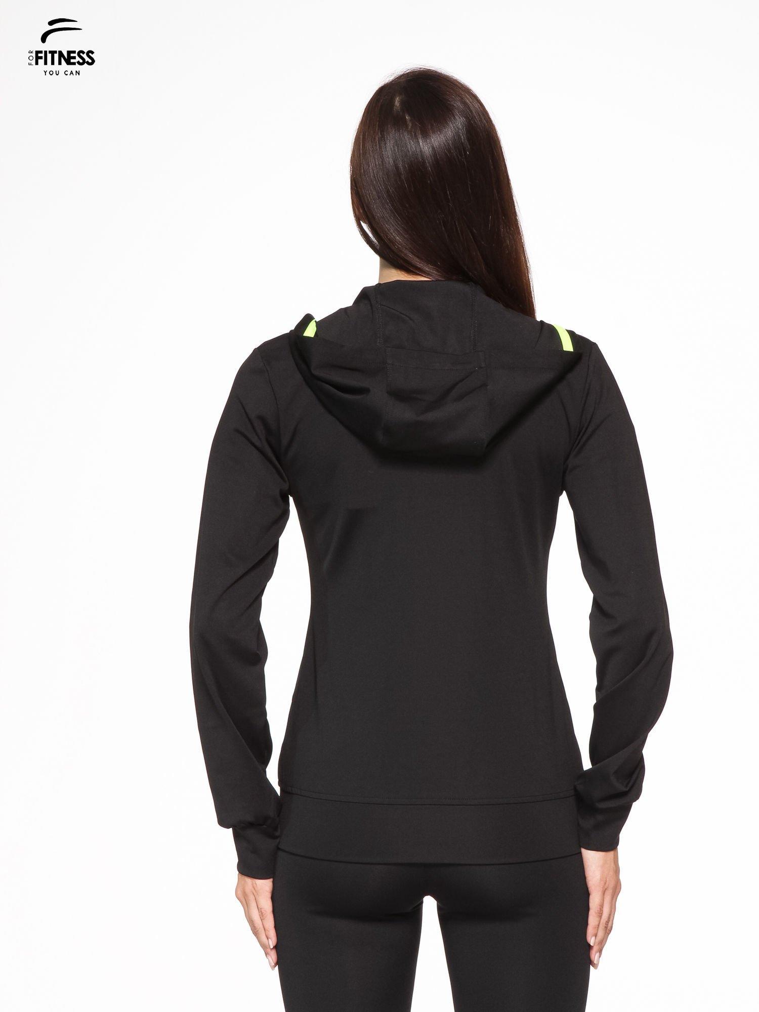 Czarna termoaktywna bluza do biegania z kapturem i fluozielonymi wstawkami ♦ Performance RUN                                  zdj.                                  5