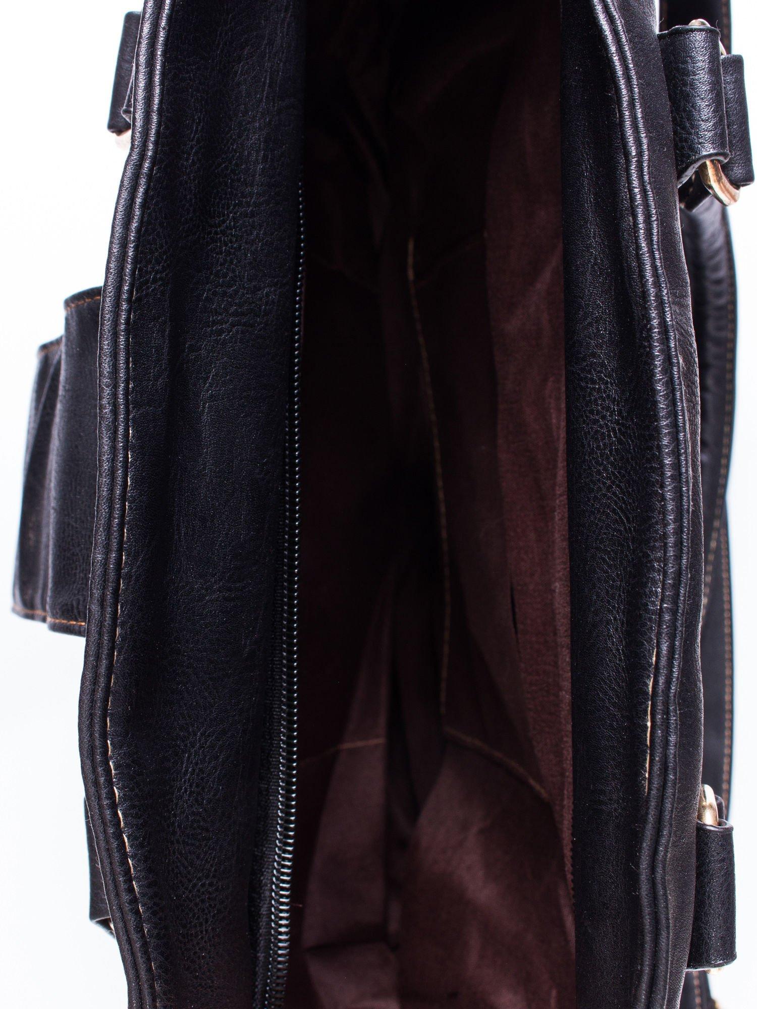 Czarna torba miejska z klapką                                  zdj.                                  4