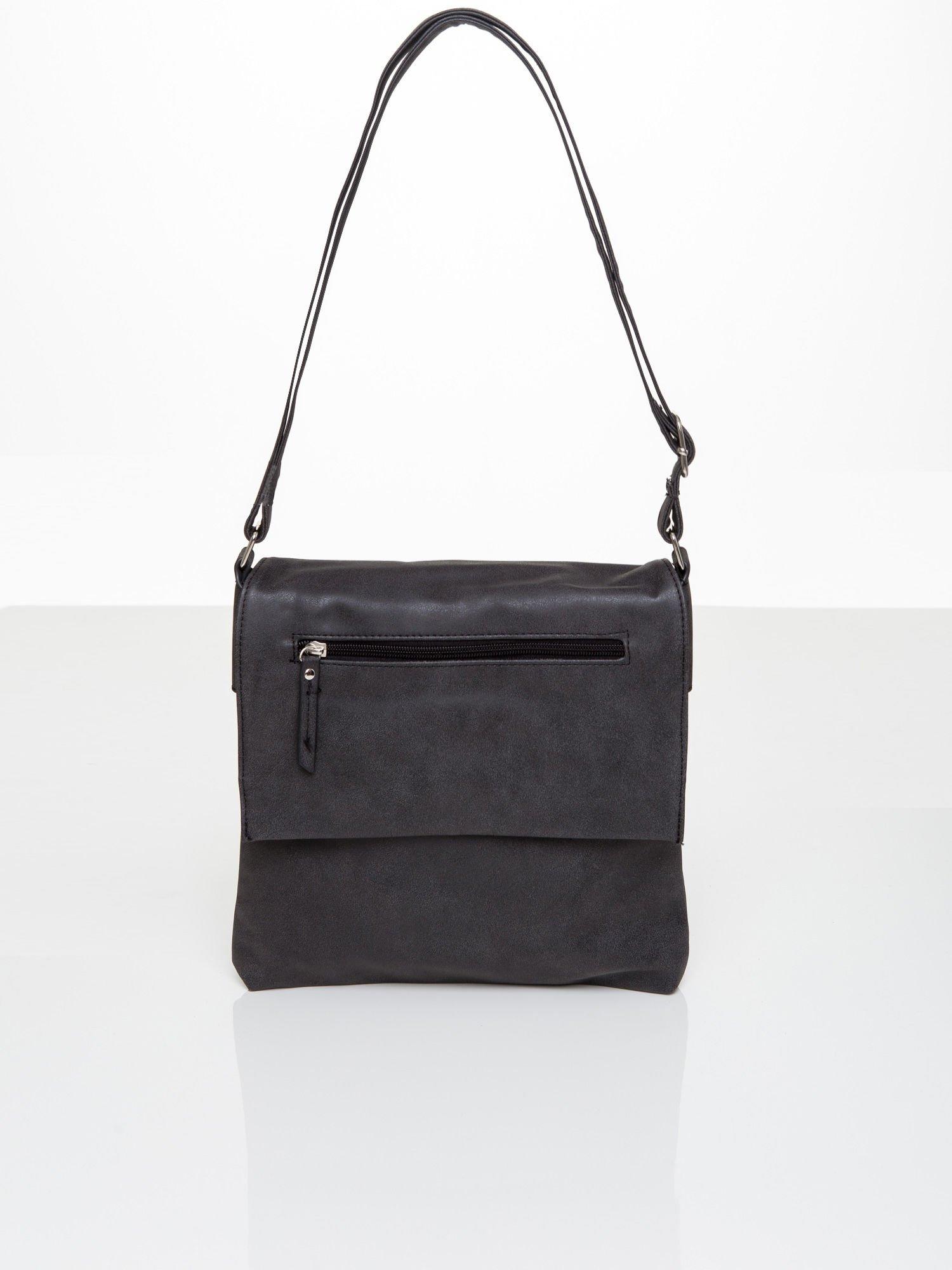 a2b79eabc44aa Czarna torba na ramię z klapką - Akcesoria torba - sklep eButik.pl