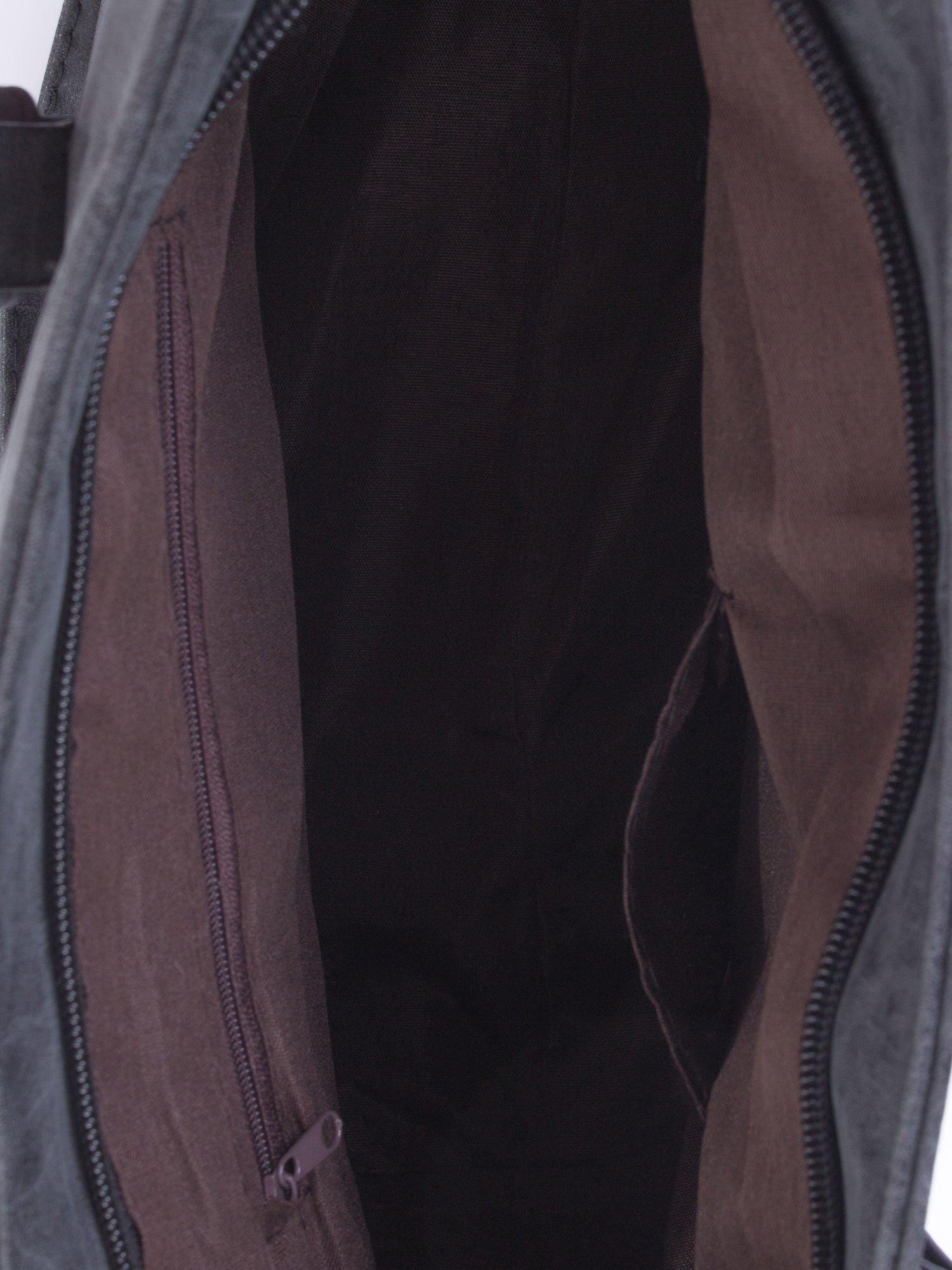 Czarna torba shopper bag z zawieszką                                  zdj.                                  5