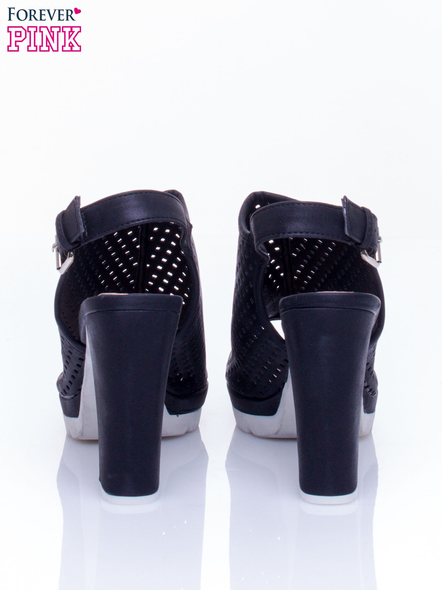Czarne ażurowe sandały faux leather Smashy na słupku                                  zdj.                                  5