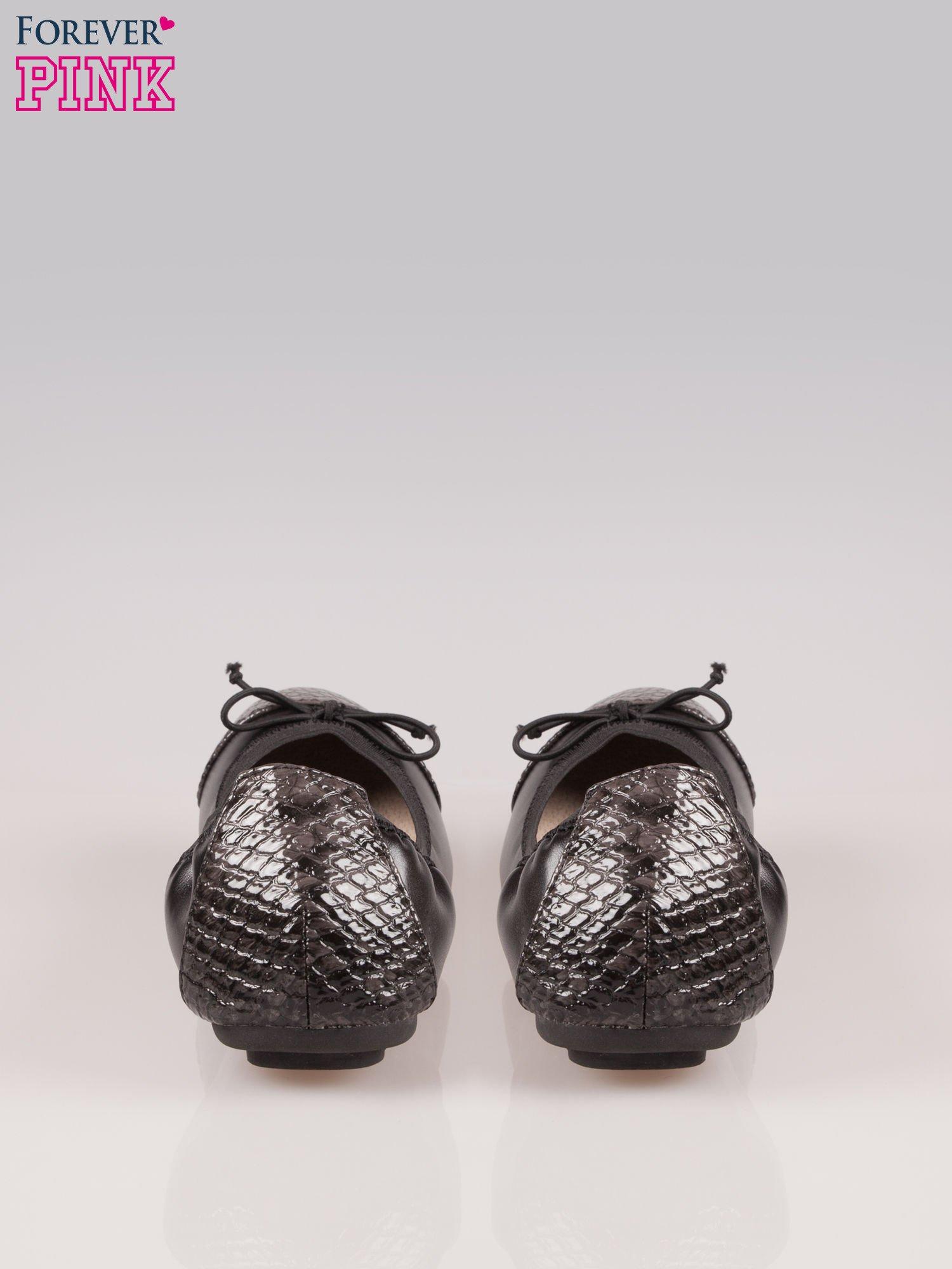 Czarne baleriny faux snake leather na gumkę z wężowym noskiem                                   zdj.                                  3