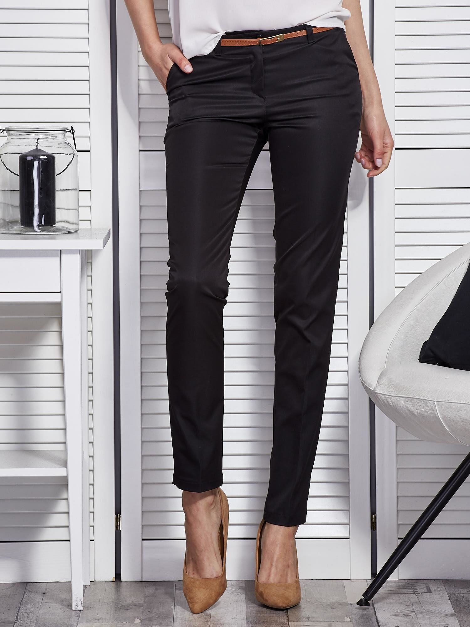 a3f3adbc14 Czarne eleganckie spodnie damskie z paskiem - Spodnie z materiału ...