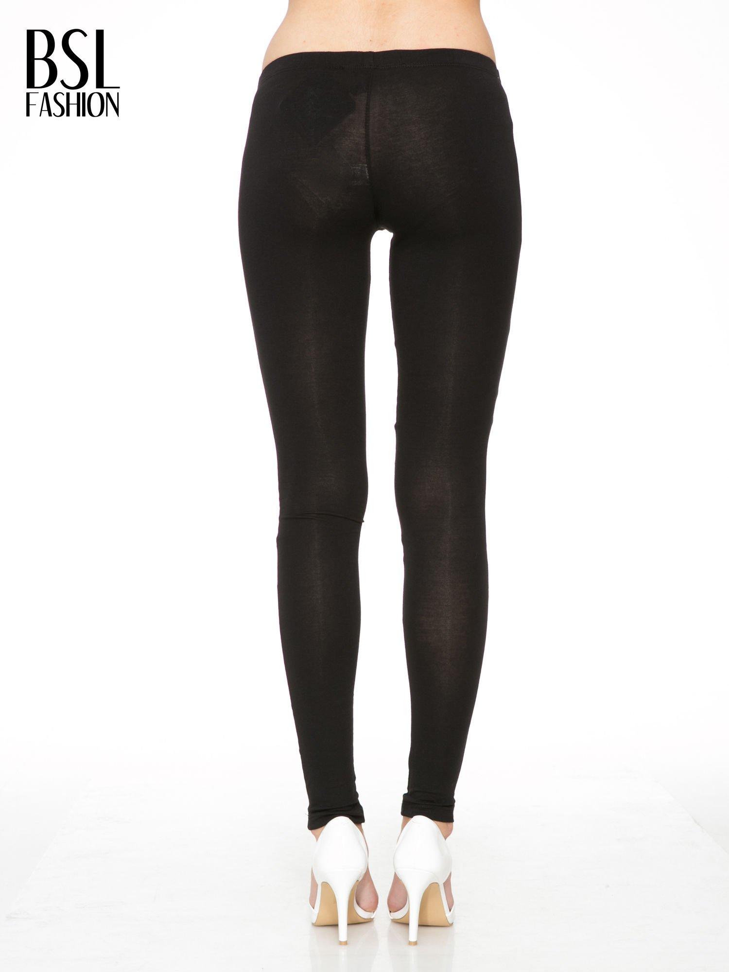 Czarne gładkie legginsy z bawełny                                  zdj.                                  3