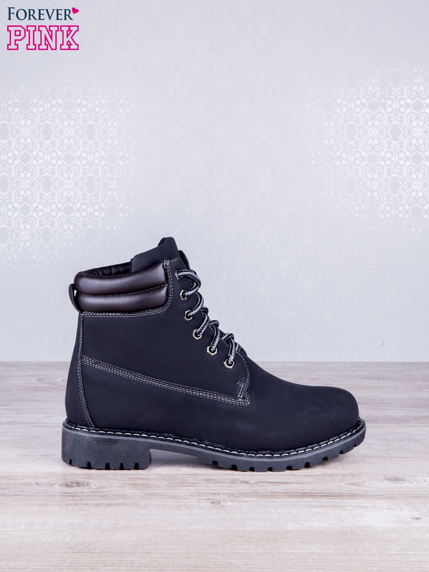 Czarne jednolite buty trekkingowe Toy damskie traperki ocieplane                                  zdj.                                  1