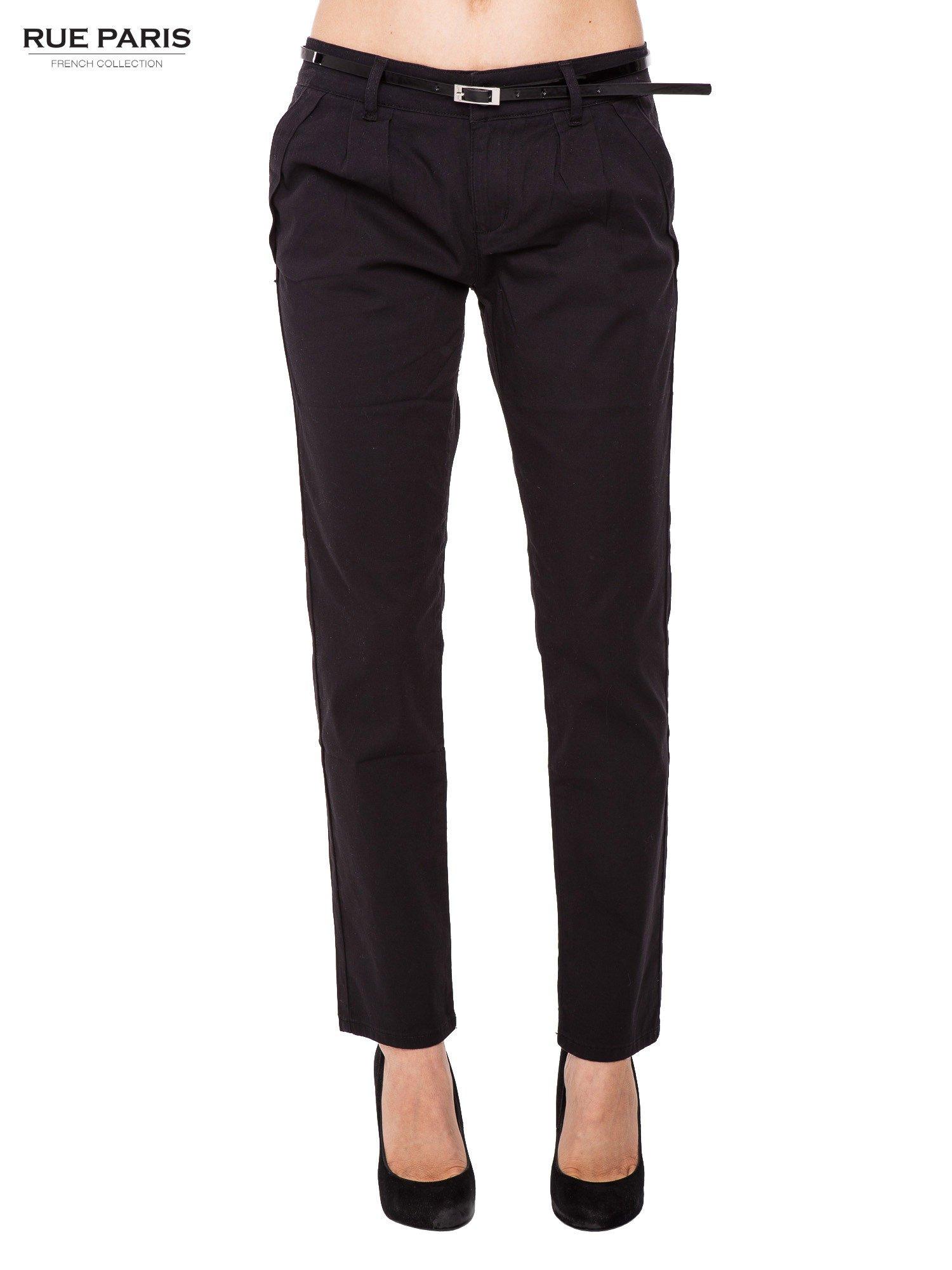 Czarne proste spodnie z paskiem                                  zdj.                                  2
