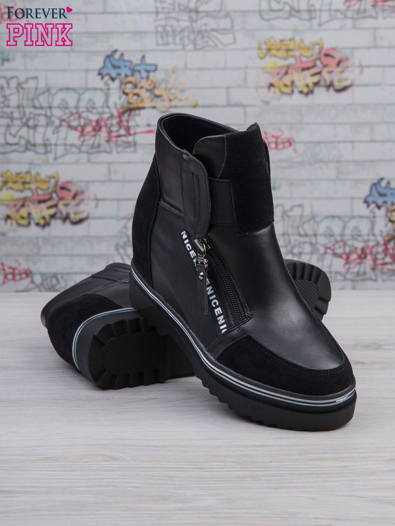 Czarne skórzane sneakersy Perry z zamszowymi wstawkami i suwakami                                  zdj.                                  3