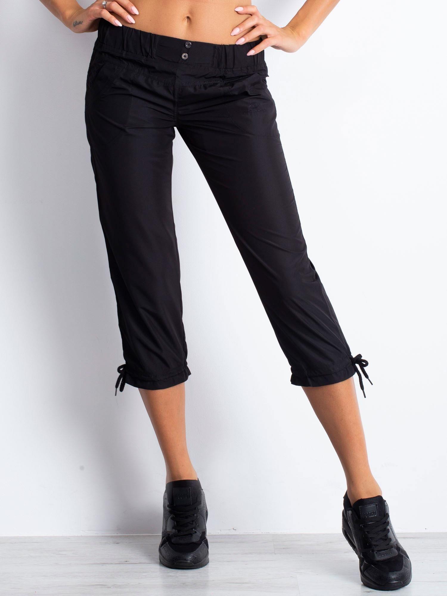Czarne spodnie sportowe capri z guzikami                                  zdj.                                  6