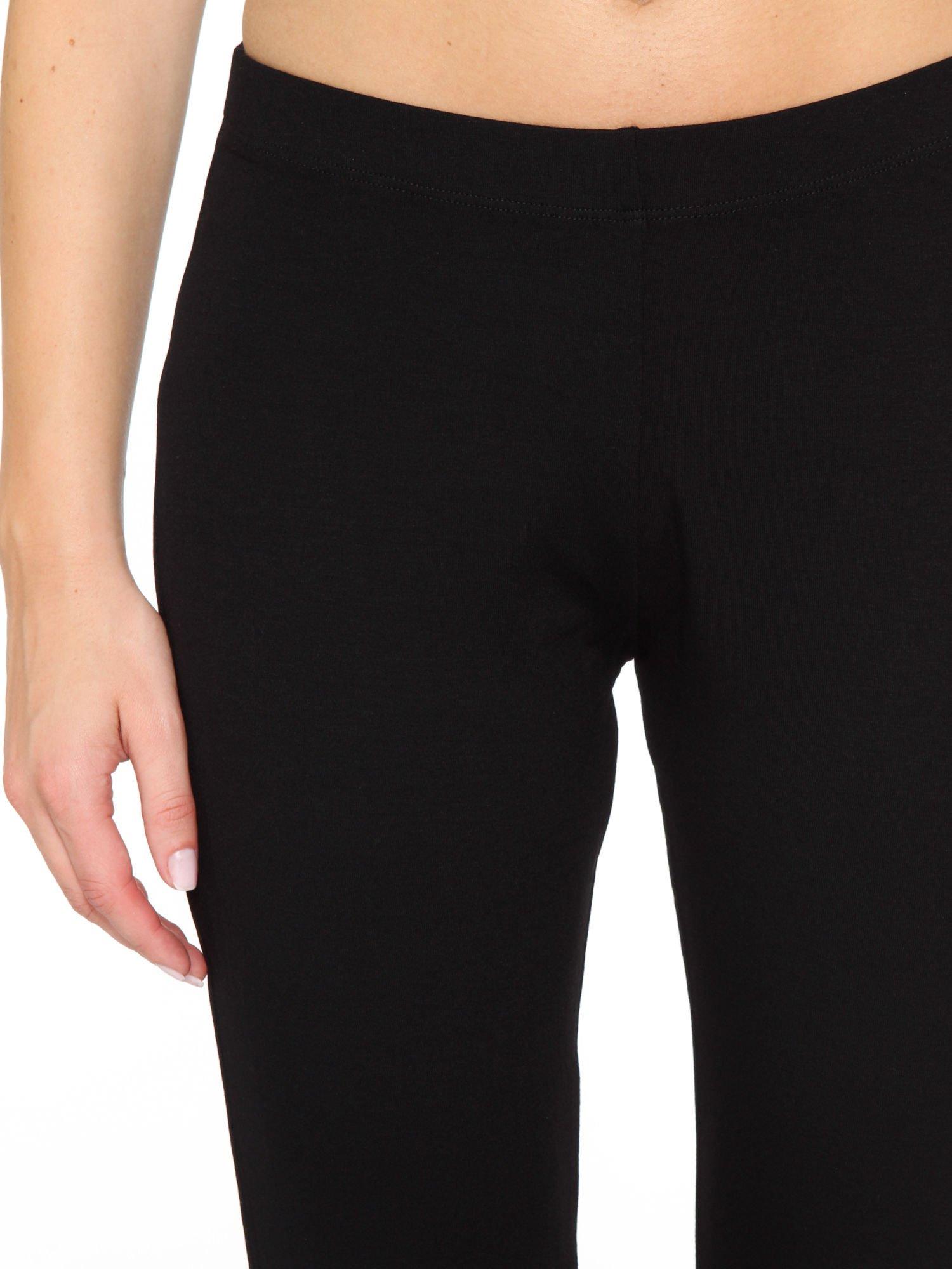 Czarne spodnie typu dzwony                                  zdj.                                  5