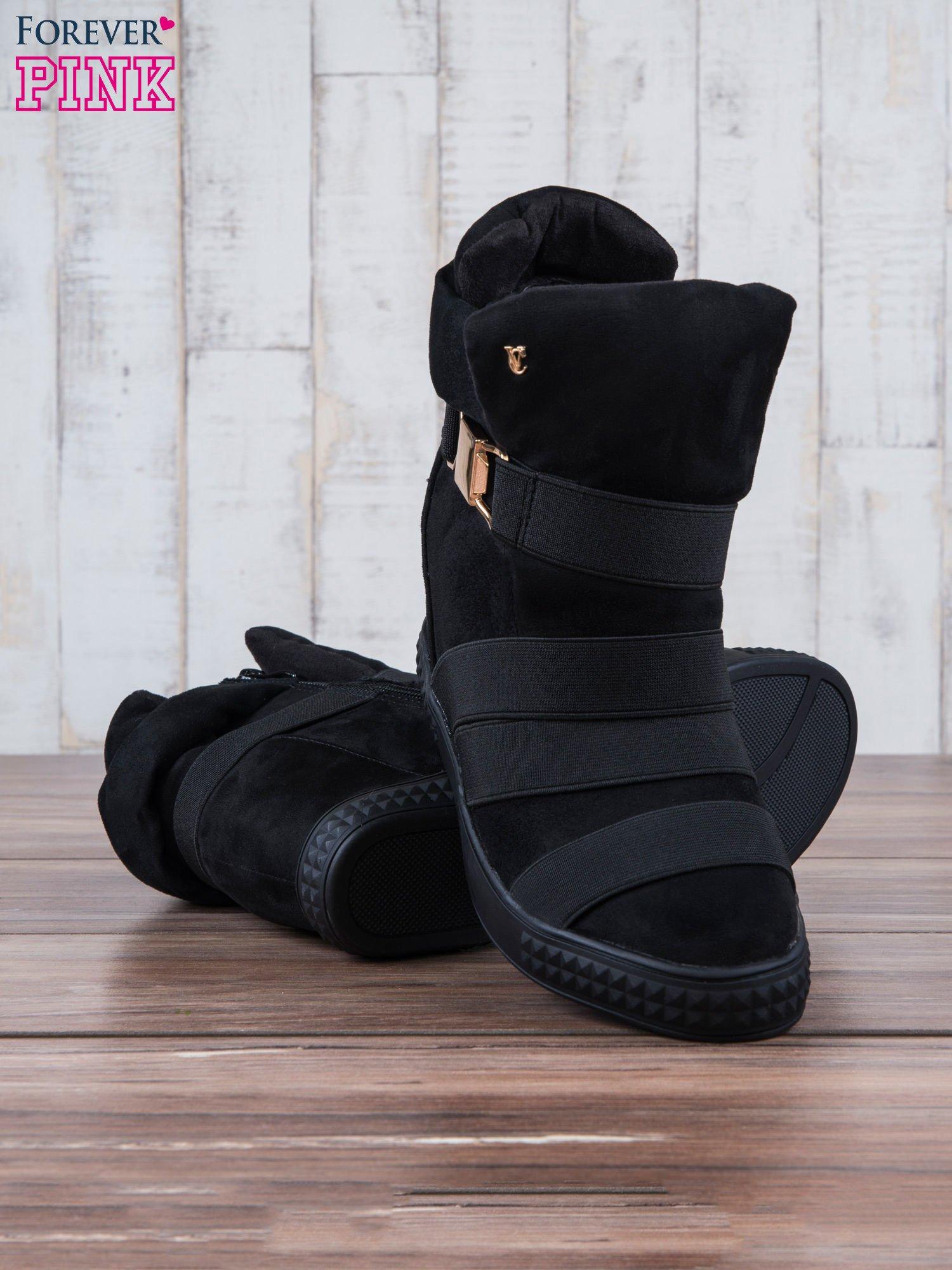 Czarne zamszowe sneakersy bandage z klamerką Lucky                                  zdj.                                  3