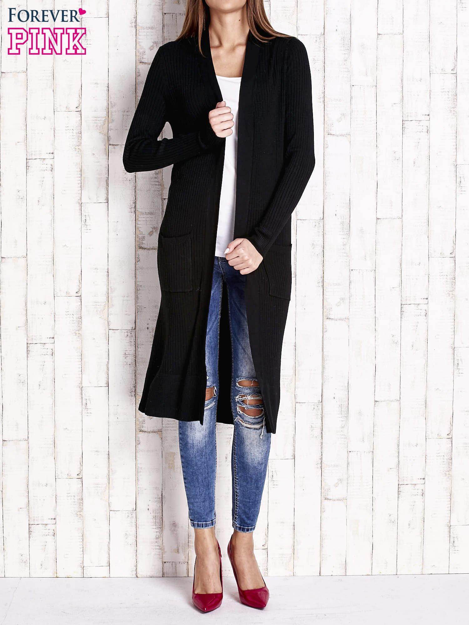 Czarny długi prążkowany sweter                                  zdj.                                  1