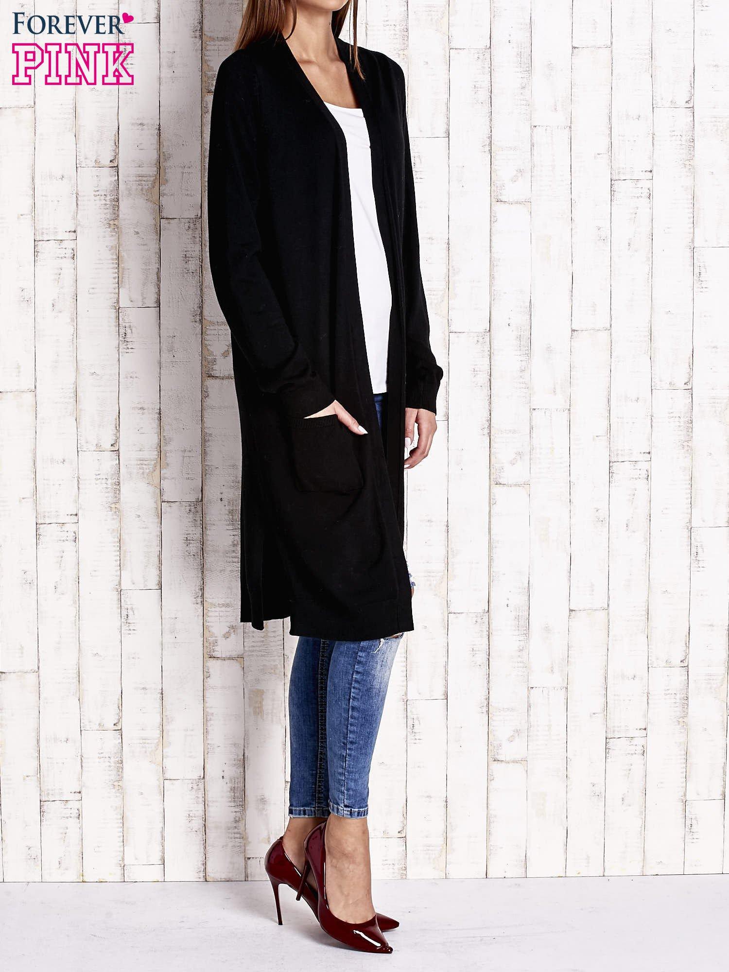 Czarny długi sweter z otwartym dekoltem                                  zdj.                                  4