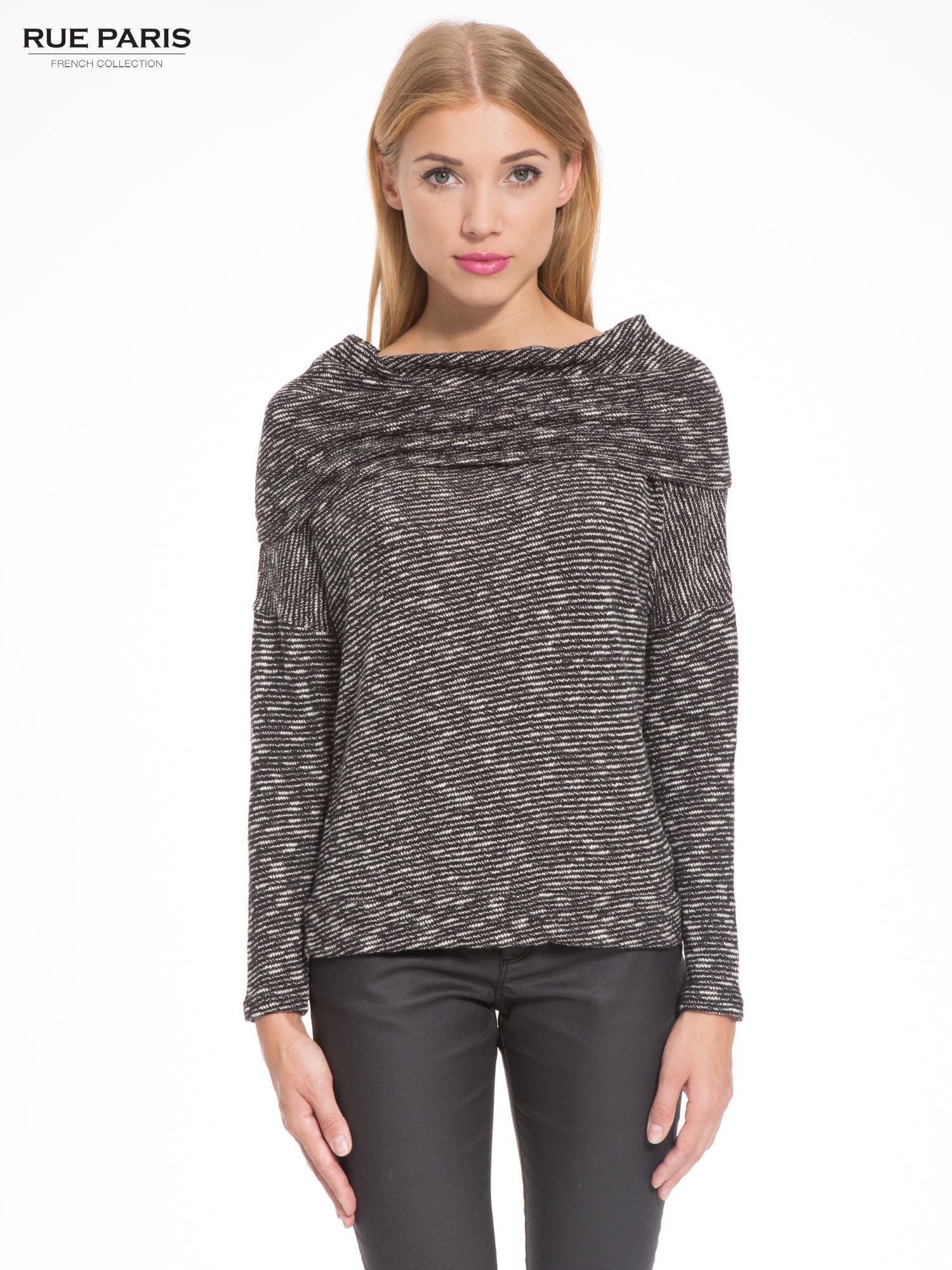 Czarny melanżowy sweter z ozdobnym kołnierzogolfem                                  zdj.                                  1