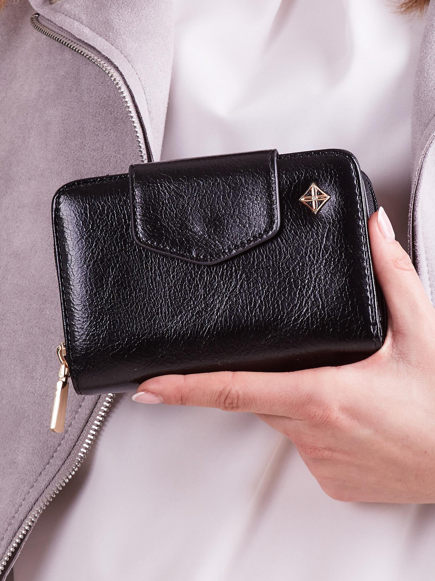c0ecda40837c1 Czarny portfel damski ze skóry ekologicznej - Akcesoria portfele - sklep  eButik.pl