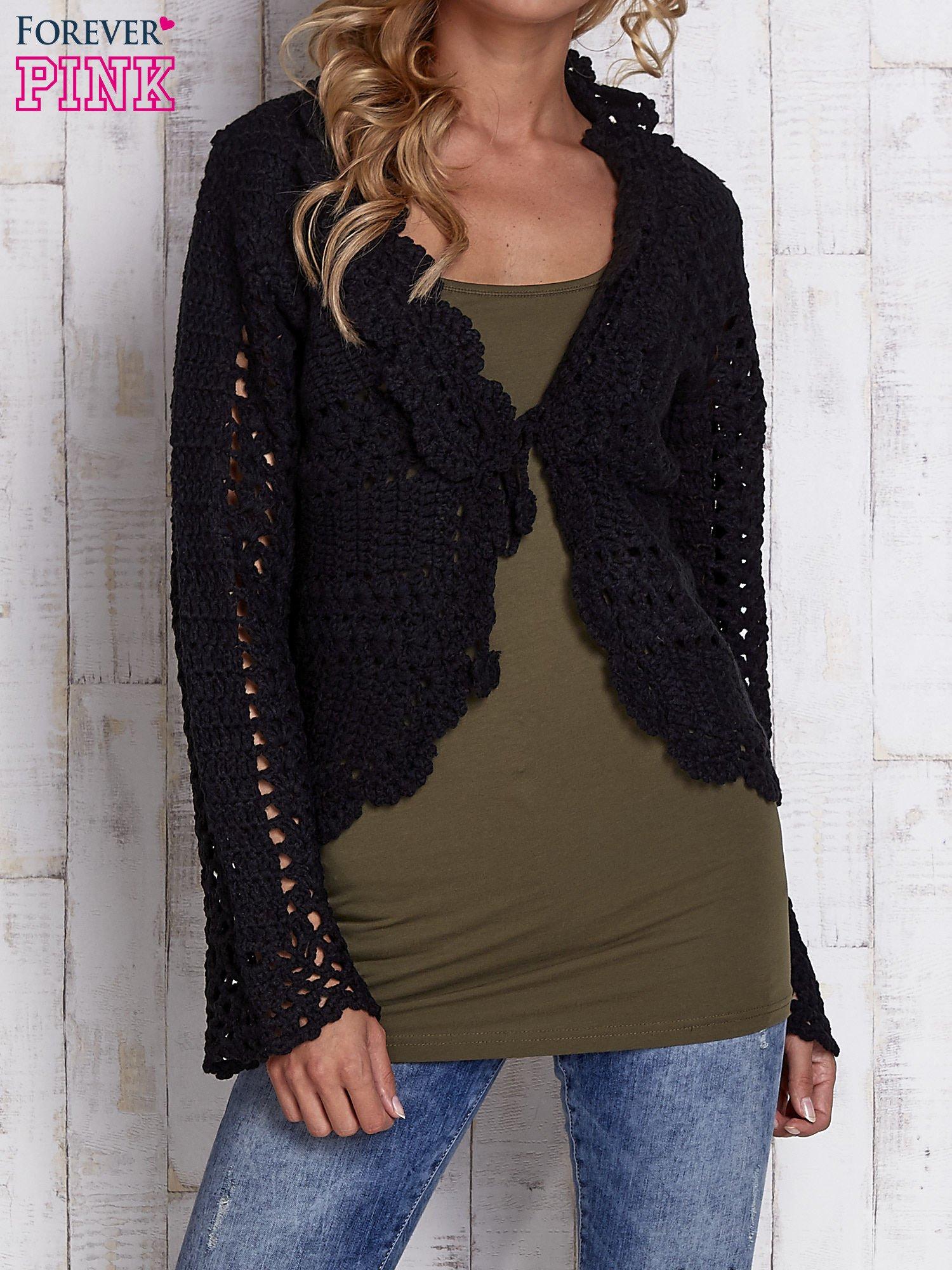 Czarny sweter z wiązaniem                                  zdj.                                  1