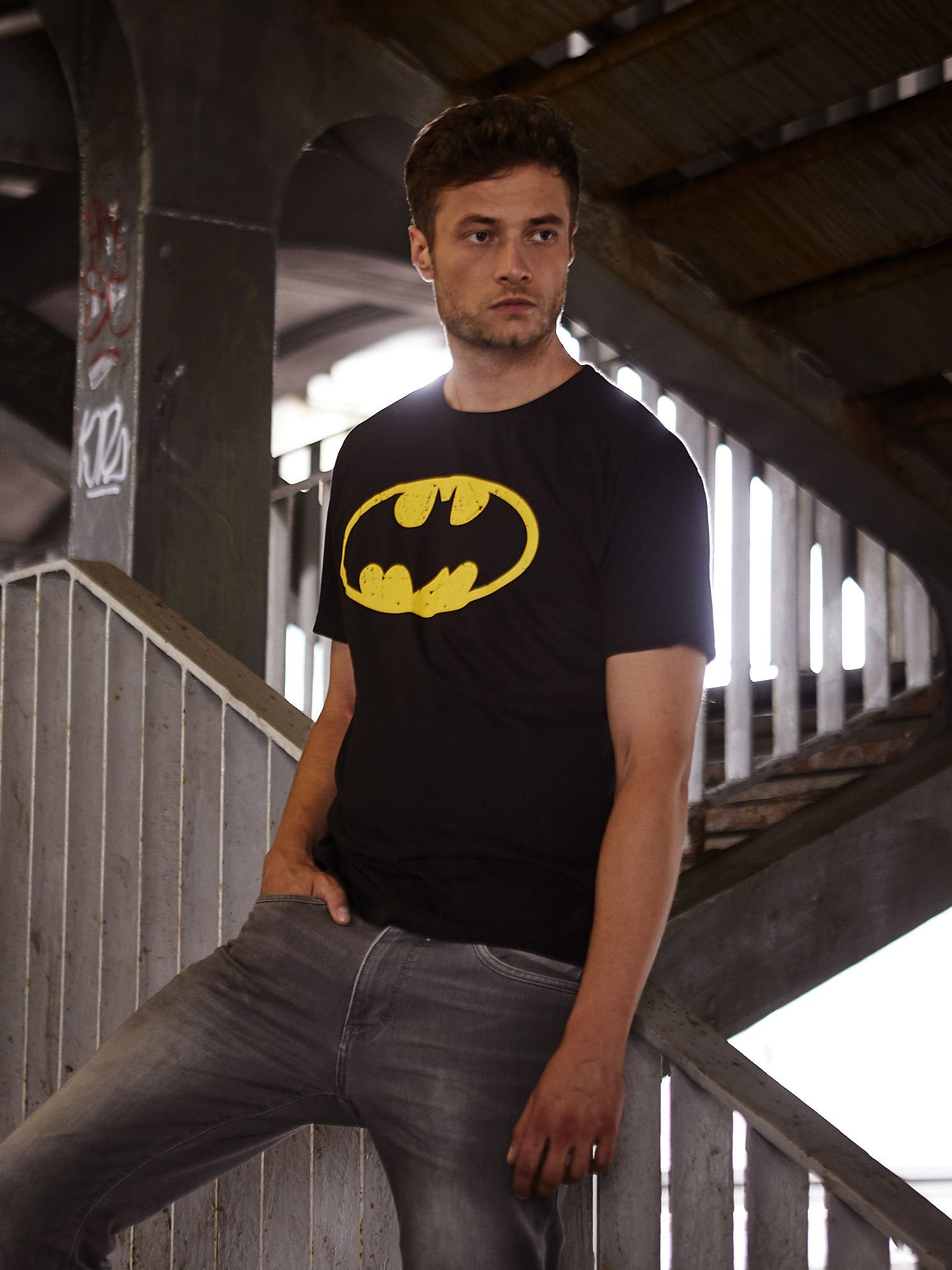 Czarny t-shirt męski BATMAN                                  zdj.                                  1