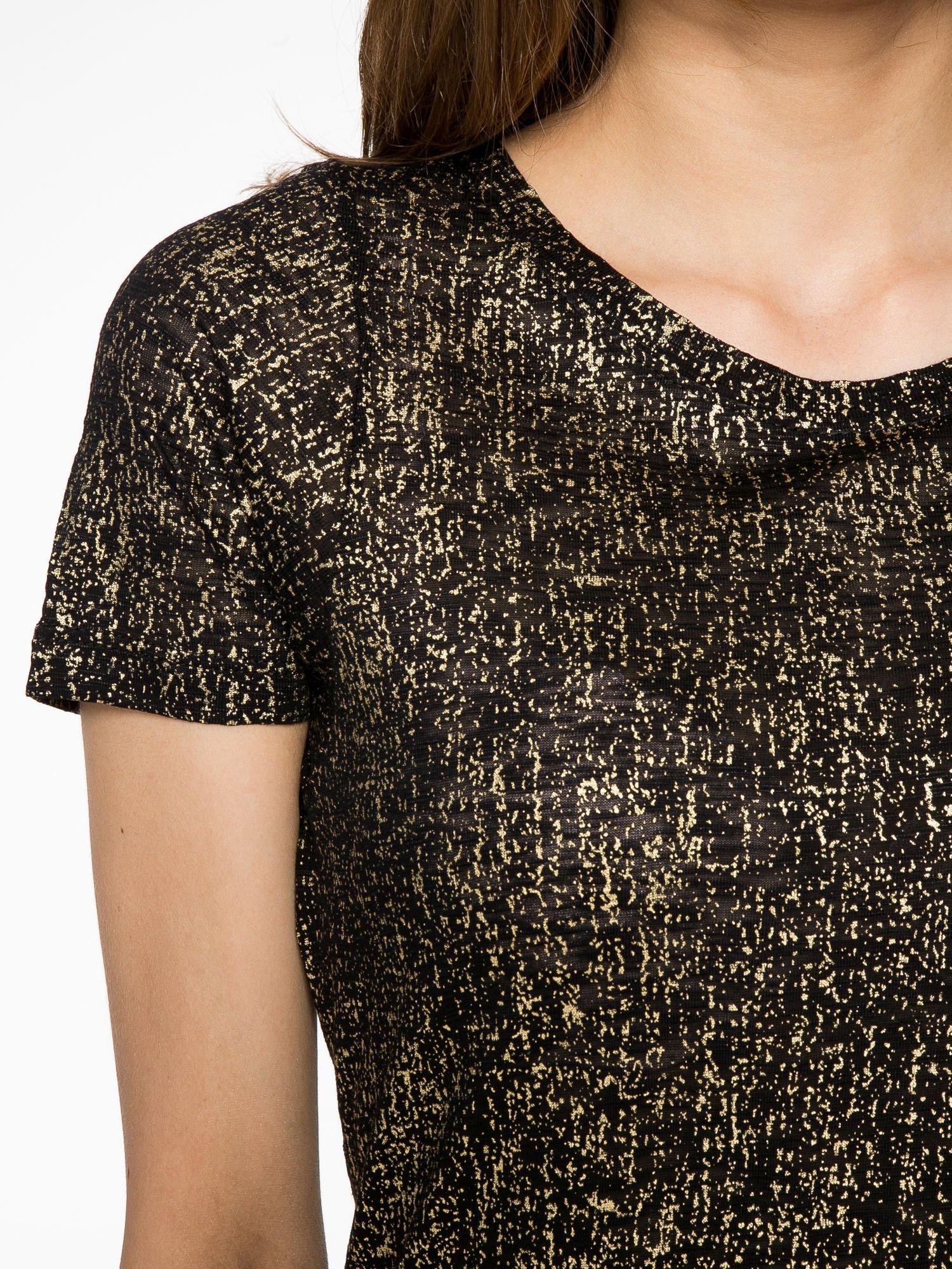 Czarny t-shirt w złote plamki                                  zdj.                                  5