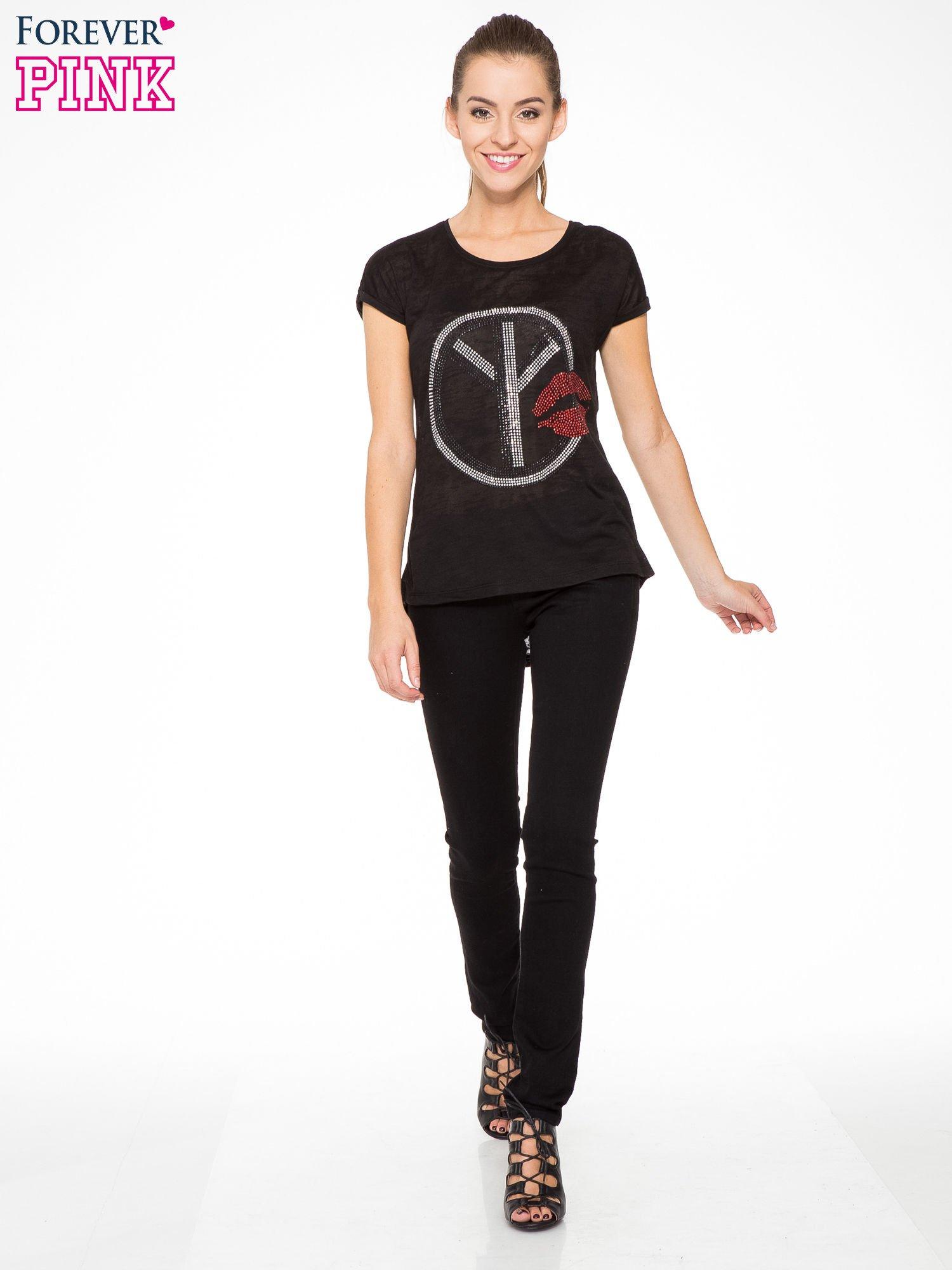 Czarny t-shirt z aplikacją z dżetów                                  zdj.                                  5