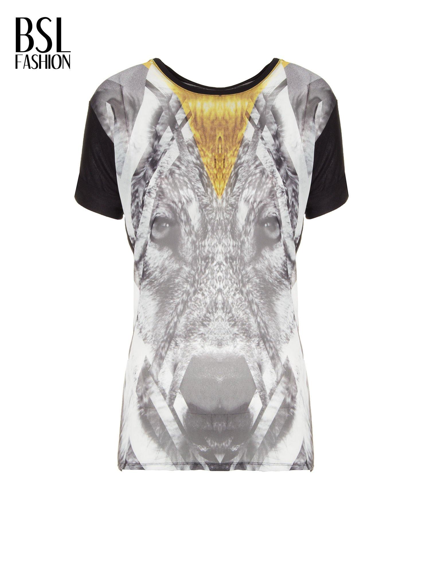 Czarny t-shirt z nadrukiem wilka i wydłużanym tyłem                                  zdj.                                  2