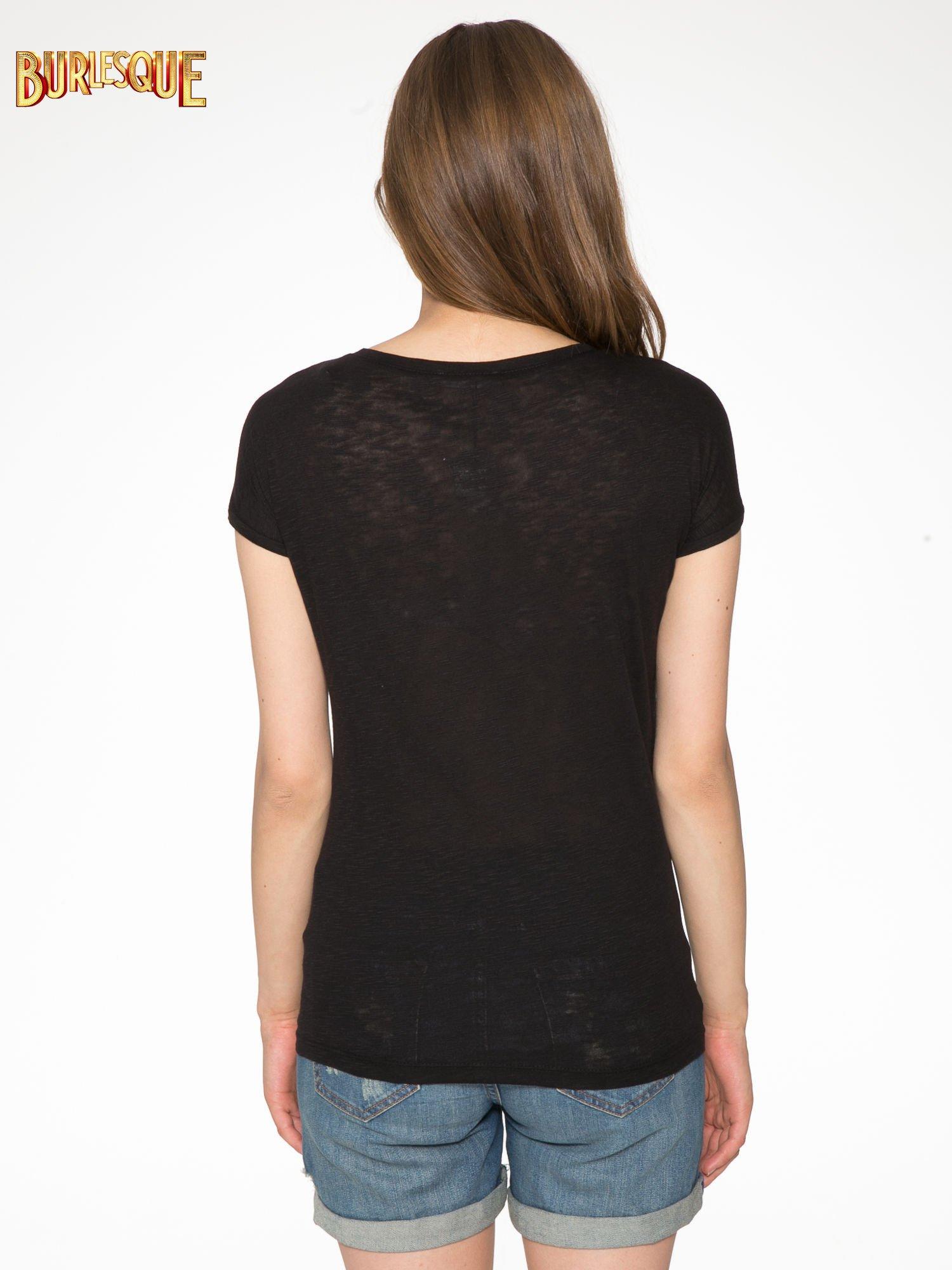 Czarny t-shirt z napisem LOVE AND HAPPINESS                                  zdj.                                  4