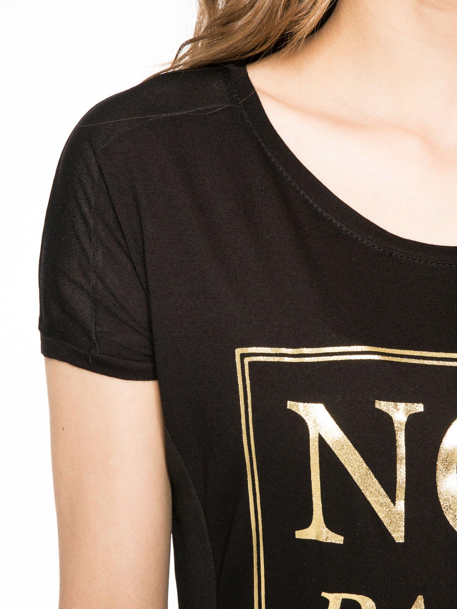 Czarny t-shirt z napisem NO MORE PARTY WITHOUT ME                                  zdj.                                  5